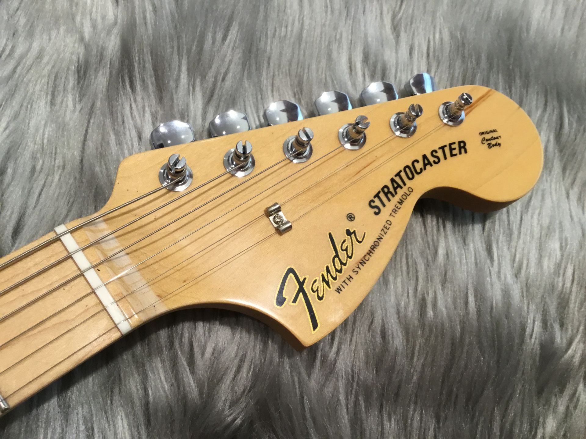 MADE IN JAPAN HYBRID 68 STRATOCASTERのヘッド画像
