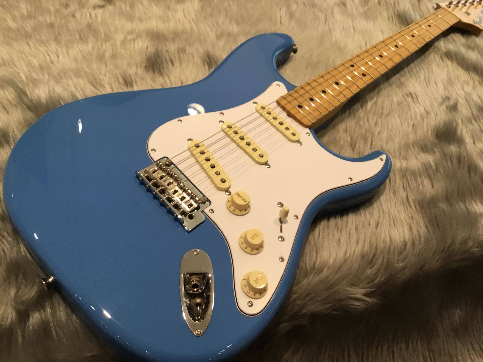 MADE IN JAPAN HYBRID 68 STRATOCASTER