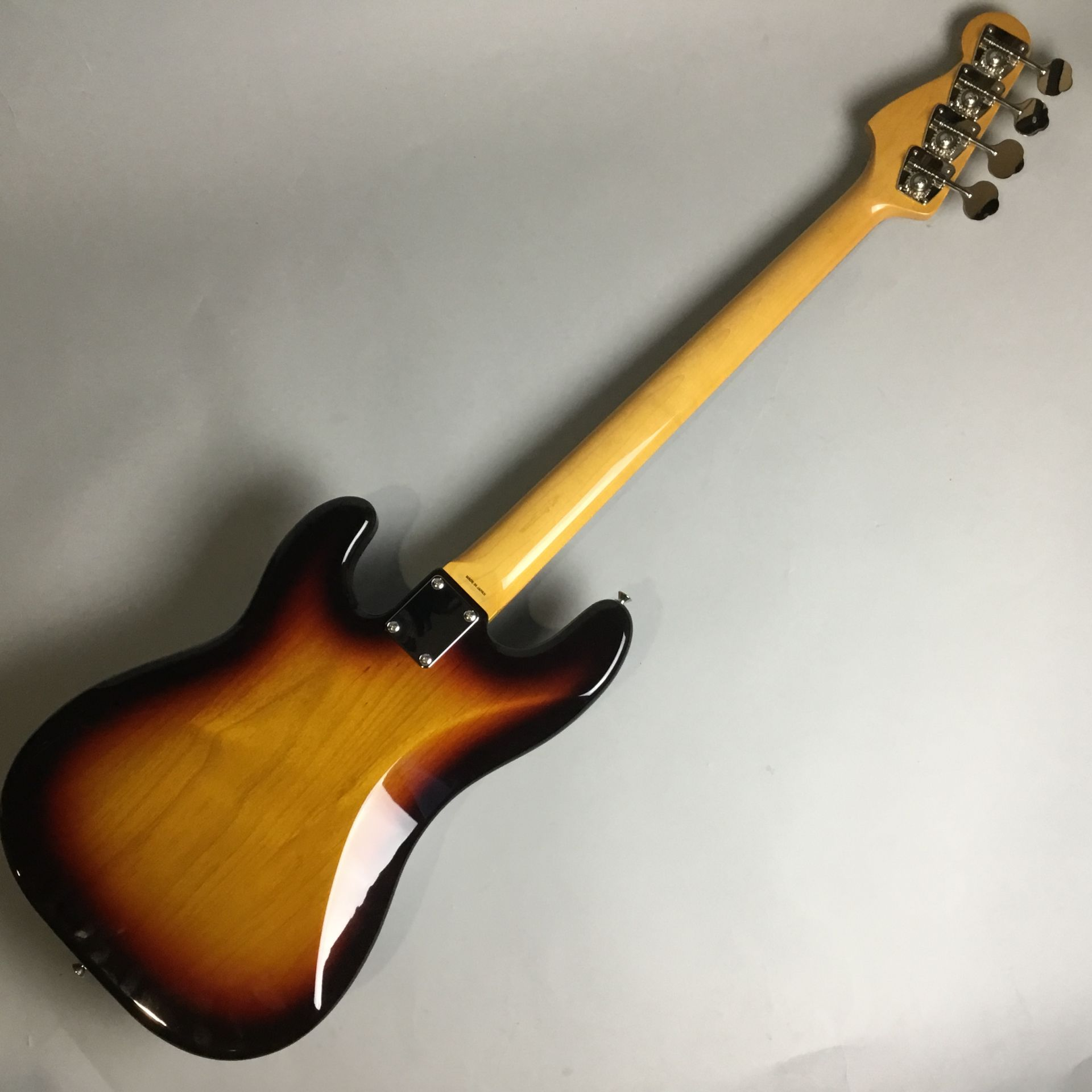 Japan Exclusive Classic 60s Precision Bassのボディバック-アップ画像