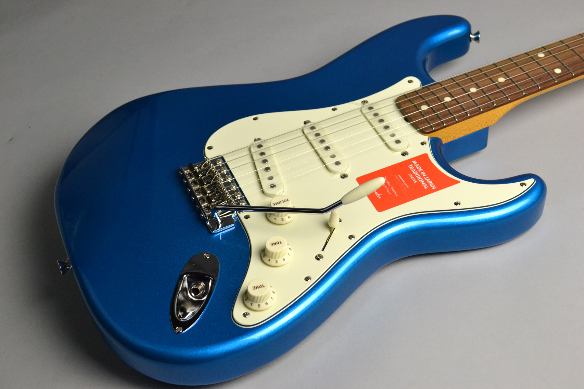 MADE IN JAPAN TRADITIONAL 60S STRATOCASTER Candy Blueのボディトップ-アップ画像