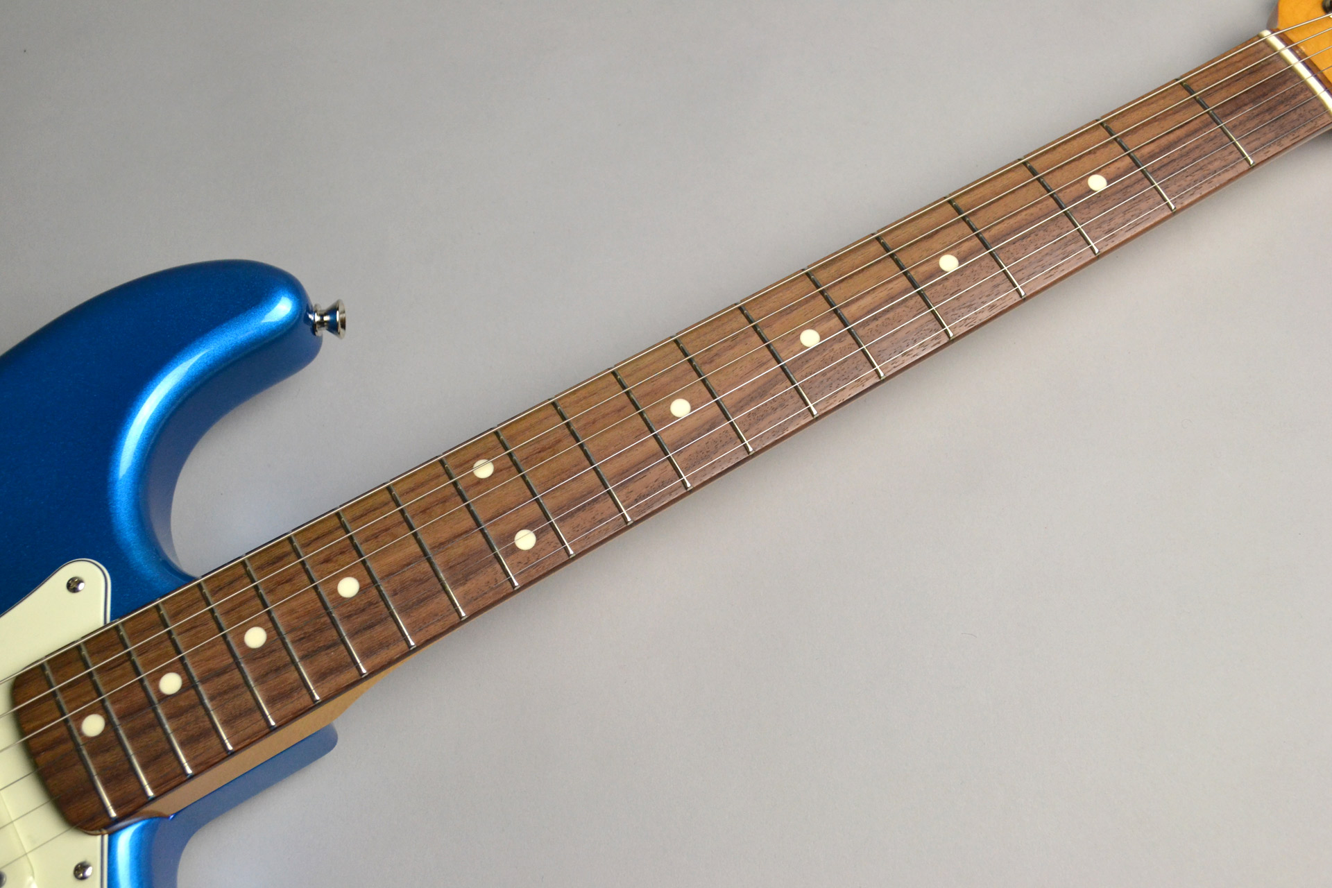 MADE IN JAPAN TRADITIONAL 60S STRATOCASTER Candy Blueの指板画像