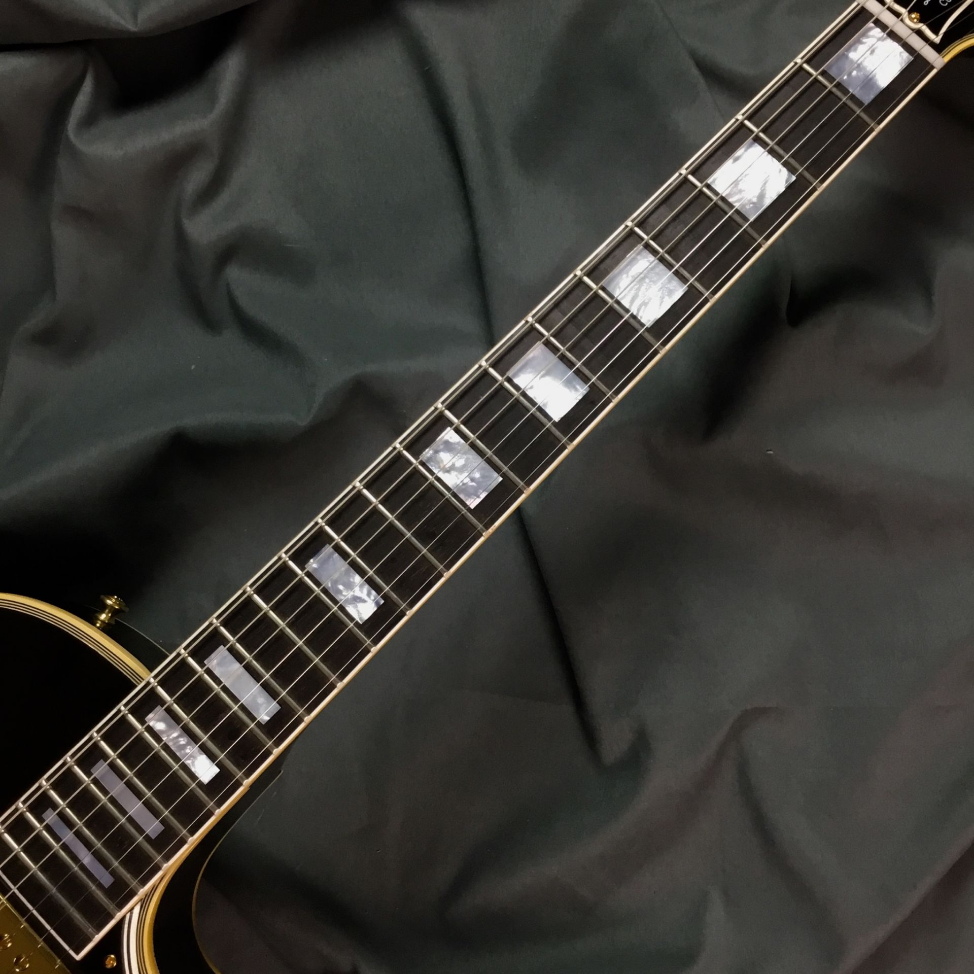 1957 Les Paul Custom 3Pickup Factory Bigsby M2Mのボディバック-アップ画像