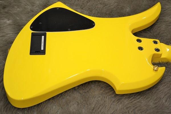 MG 165S Yellow Heartのボディバック-アップ画像