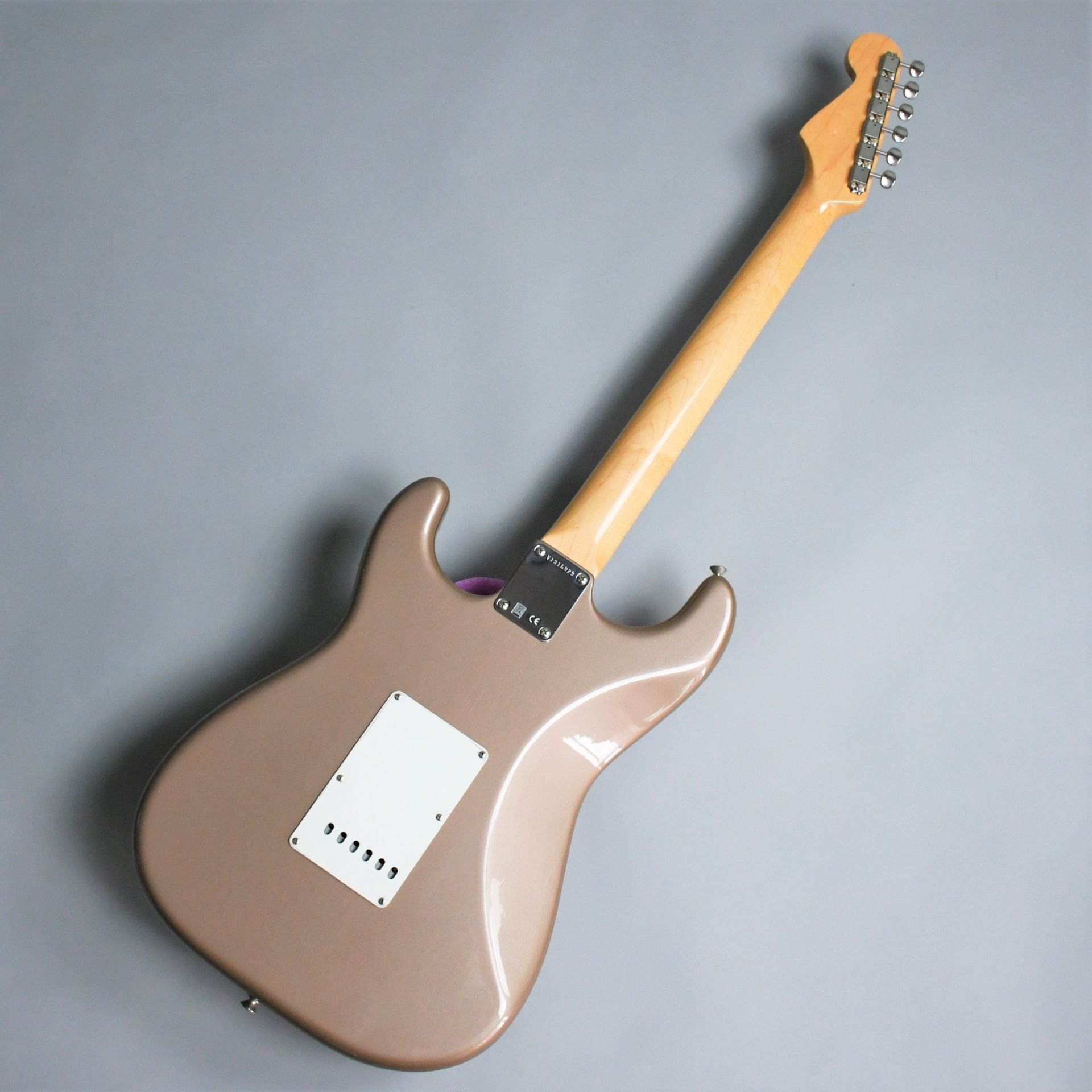 American Vintage 65 Stratocaster Round-Lam Rosewood Fingerboardのヘッド画像