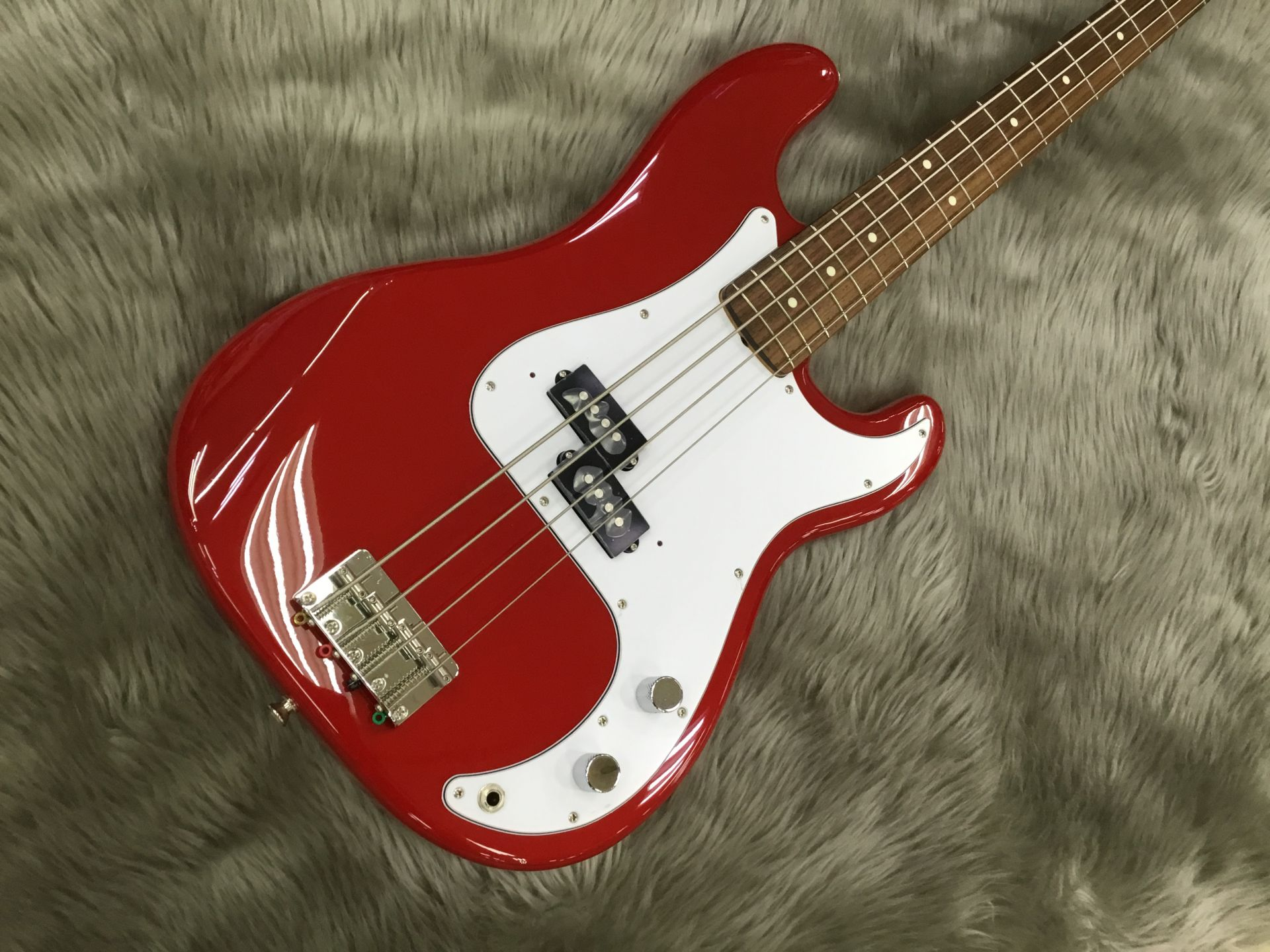 Made in Japan Traditional 60S Precision Bass