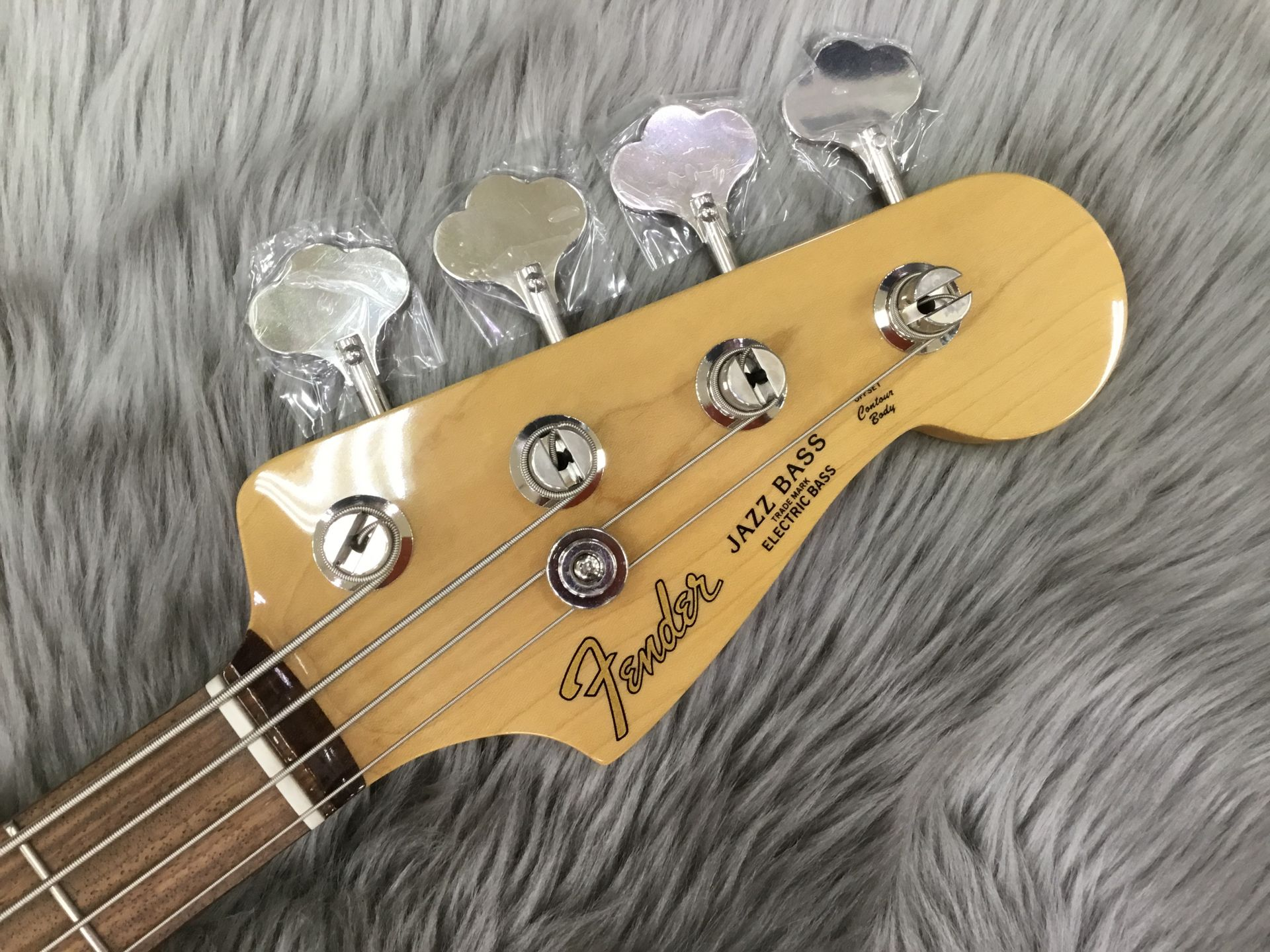 Made in Japan Hybrid 60s JAZZBASS/Rのヘッド画像