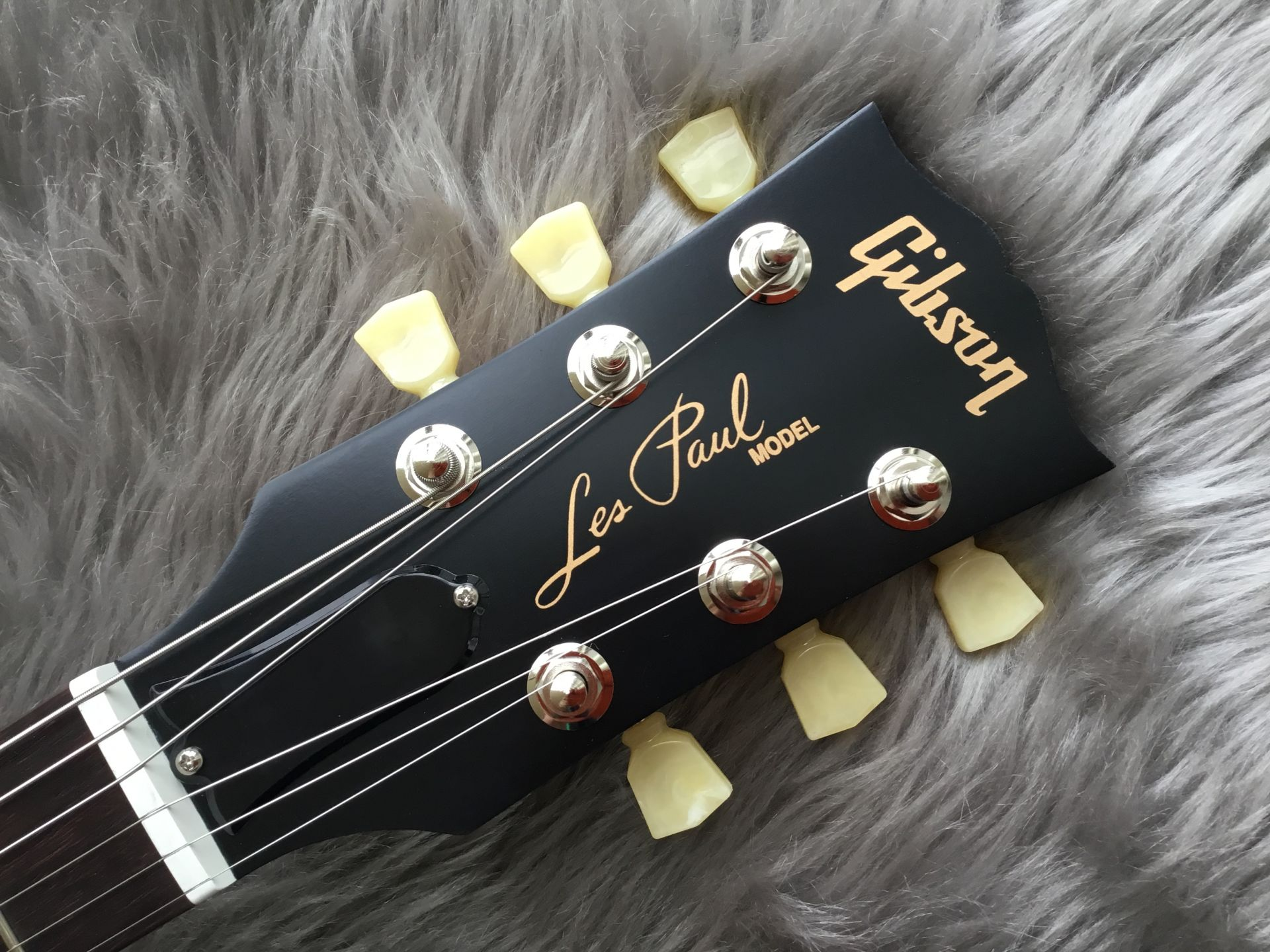 Les Paul Faded Tributeのヘッド画像