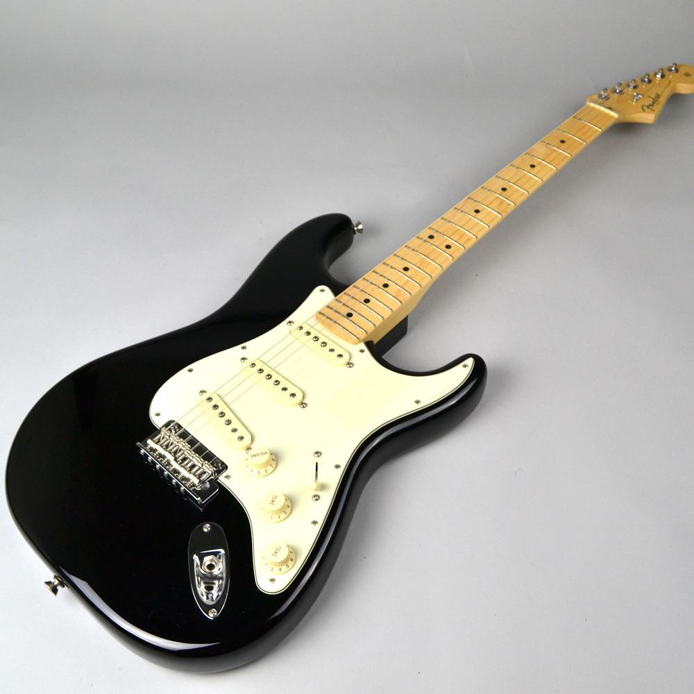 American Professional Stratocaster Blackの全体画像(縦)