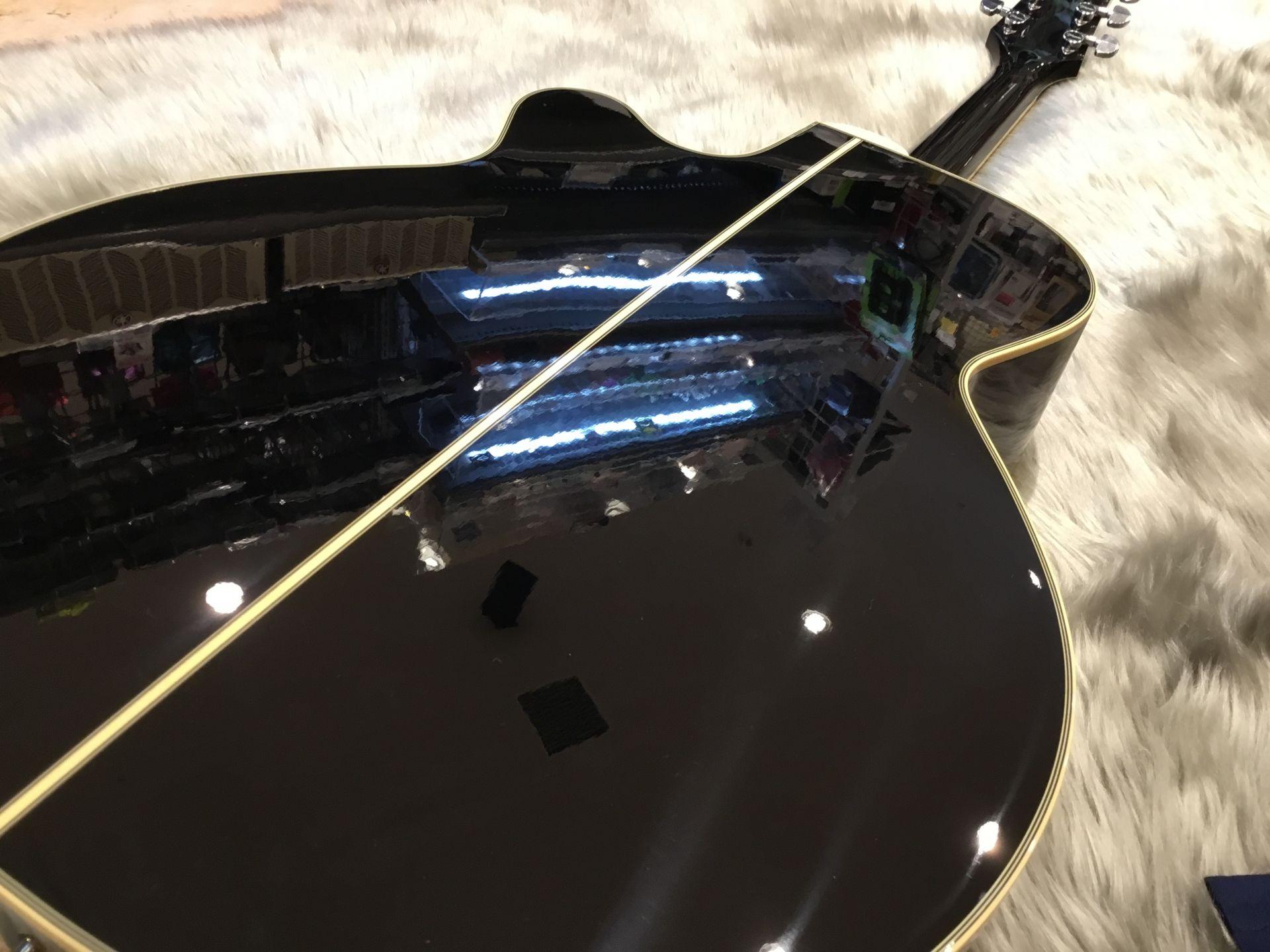 TDP561C – Takamine (Acoustic)のボディバック-アップ画像
