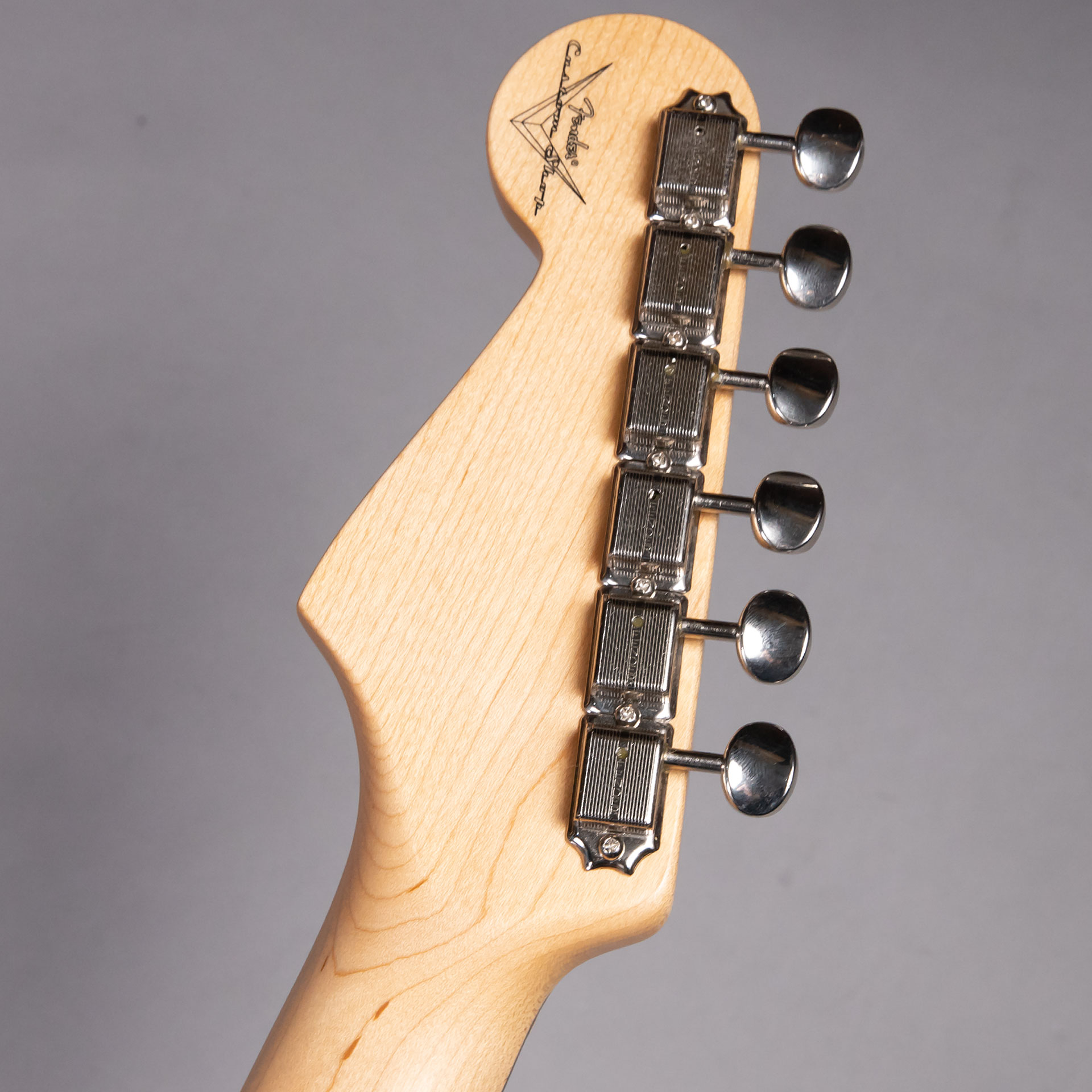 1960 Stratocaster NOS Lake Placid Blueのヘッド裏-アップ画像