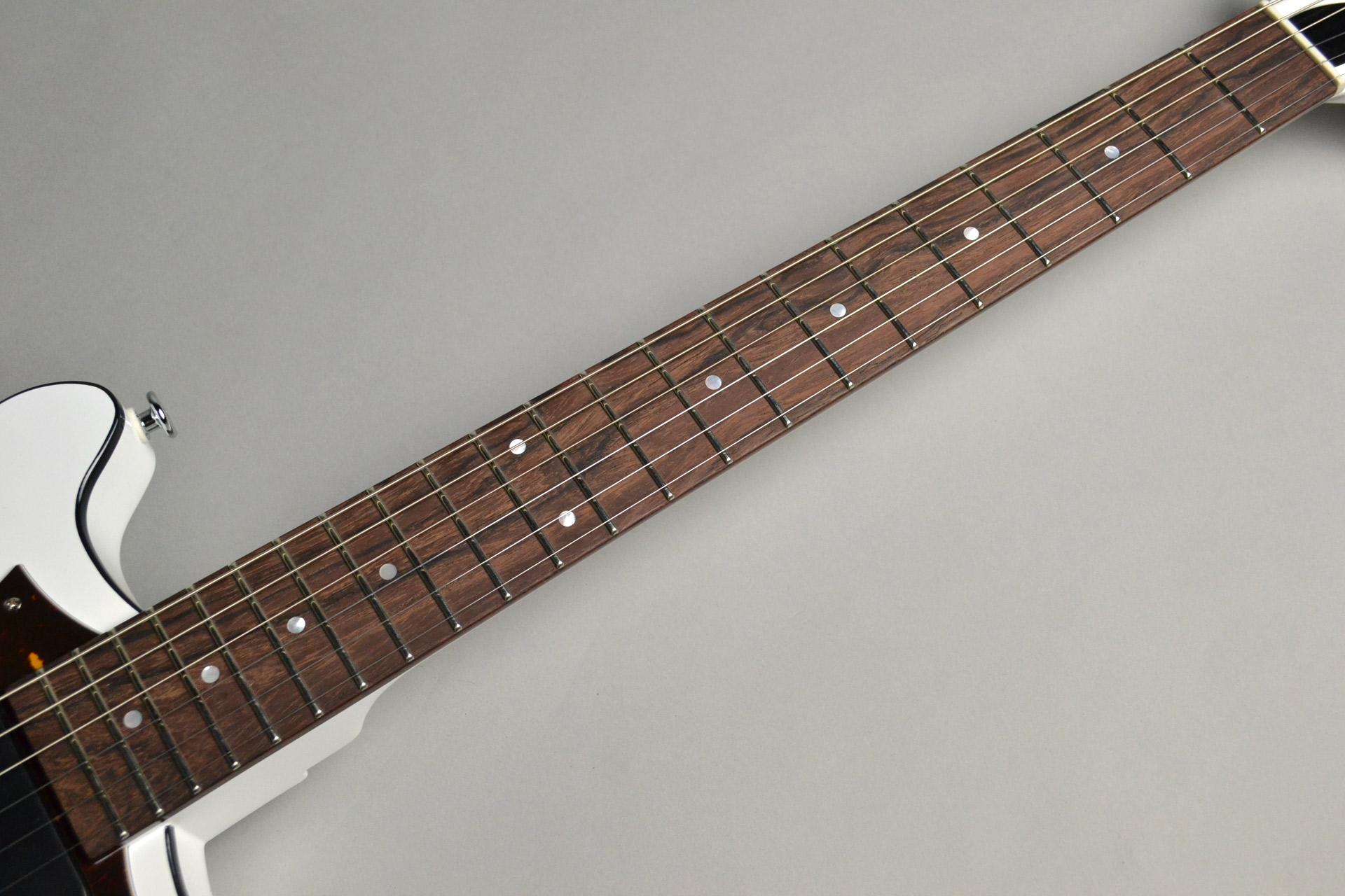 "Kz One Solid 3S23 Kahler Gloss White ""Standard Line""島村楽器限定モデルの全体画像(縦)"