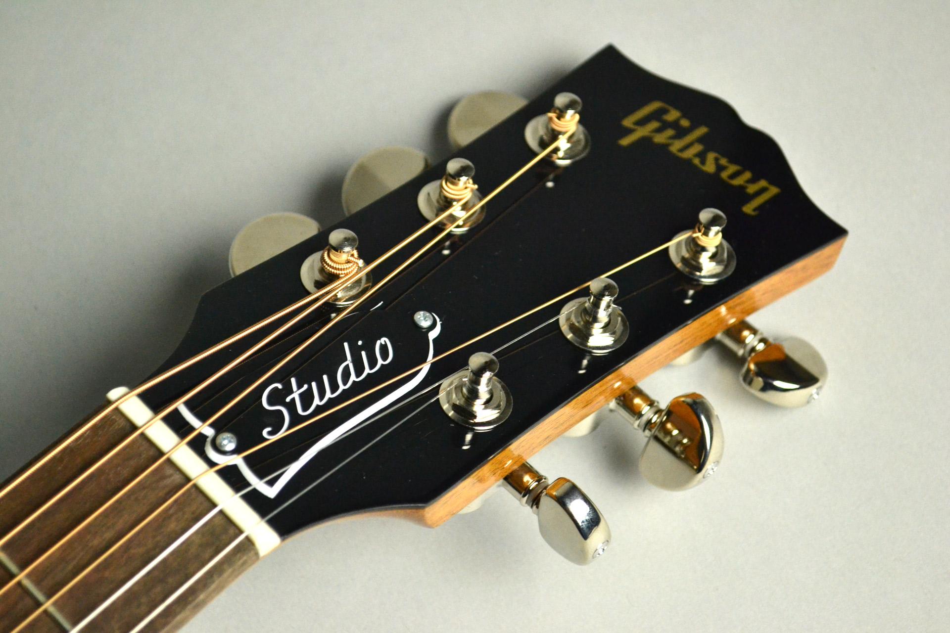 J-45 Studioのヘッド画像