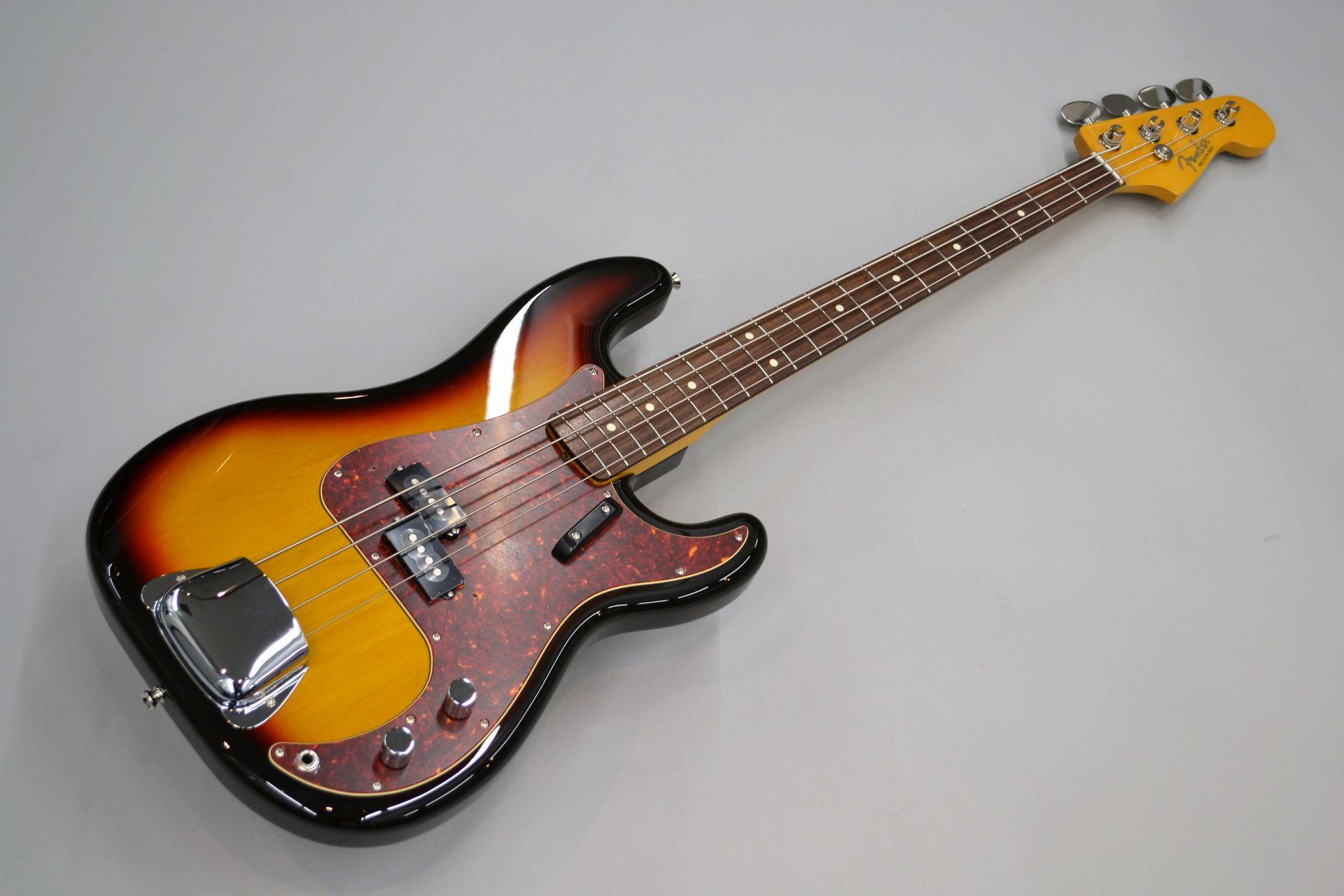 Fender  HAMA OKAMOTO P BASS 写真画像