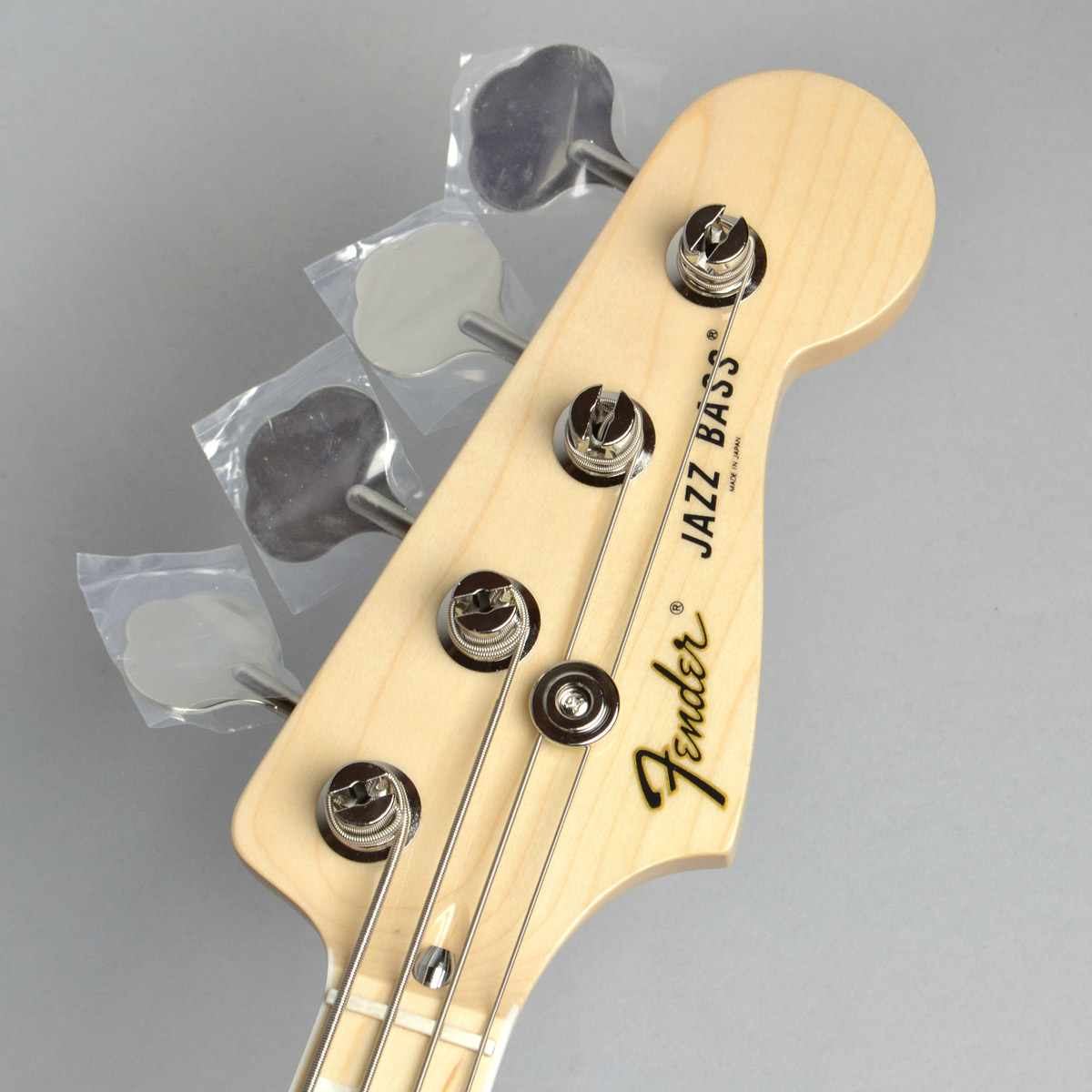 Made in Japan Traditional 70s Jazz Bassのヘッド画像