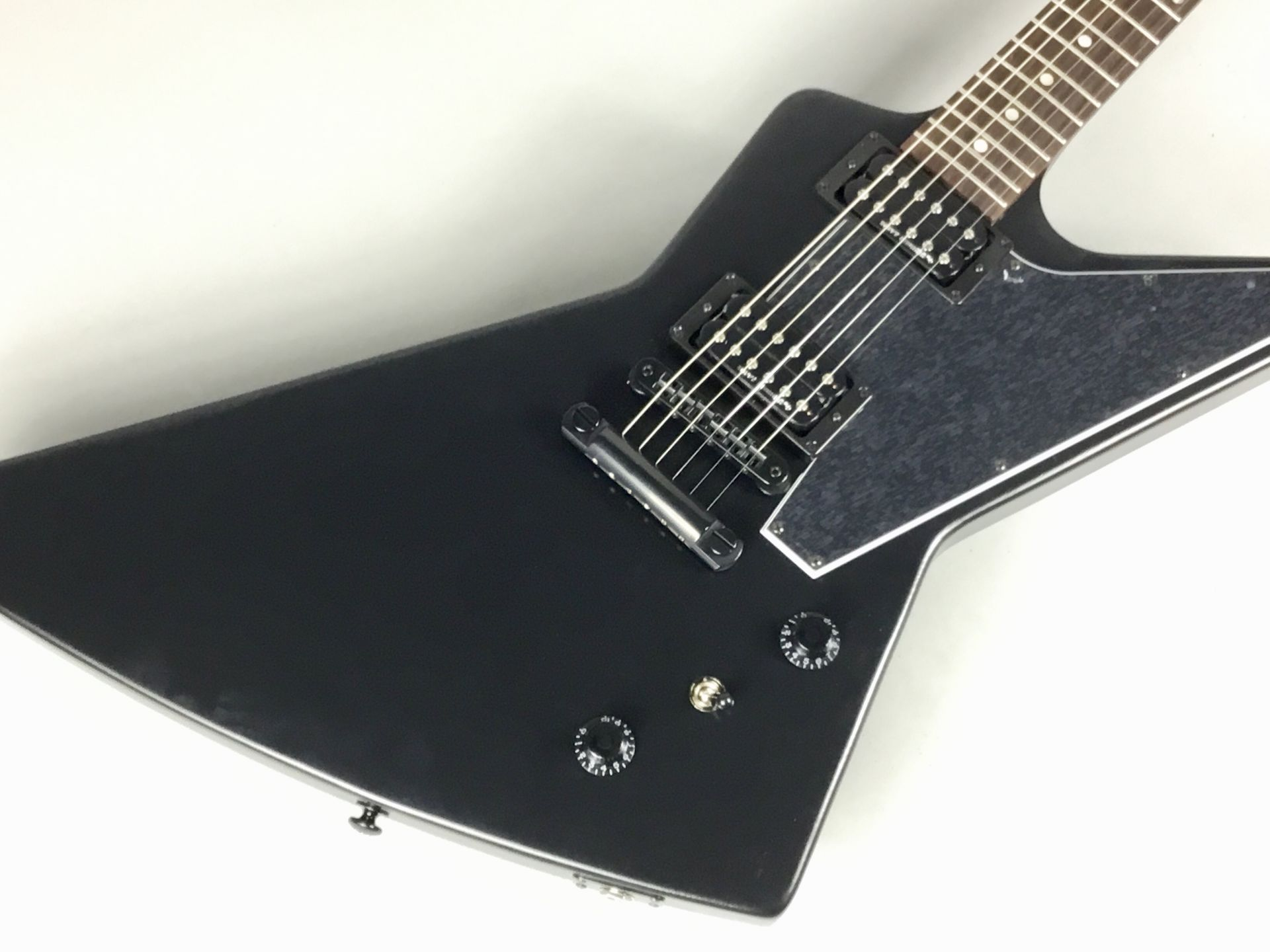 Gibson  Explorer B-2 2019 写真画像