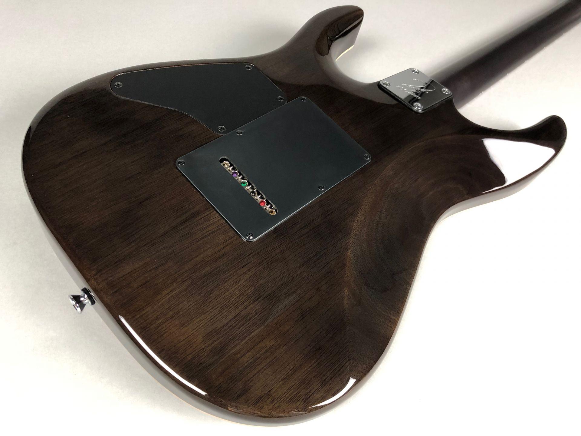 DST24 Maho Custom Madeのボディバック-アップ画像