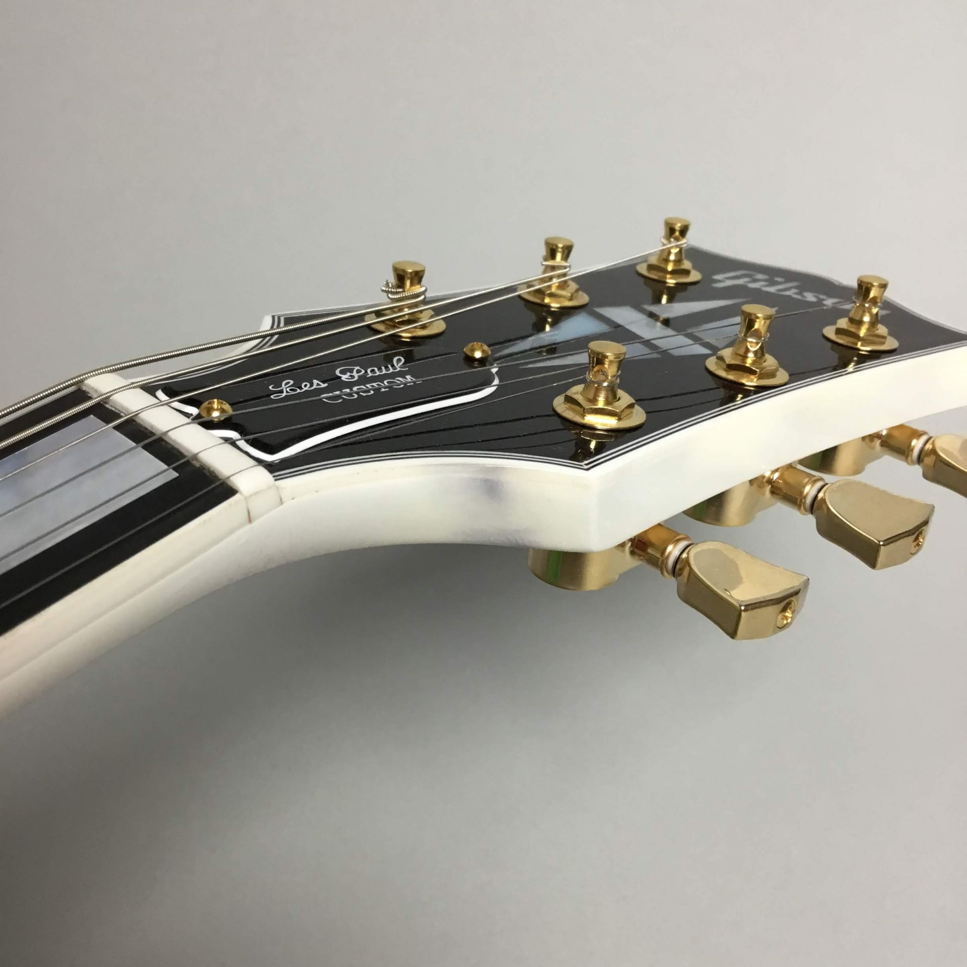 Les Paul Custom Alpen Whiteのケース・その他画像