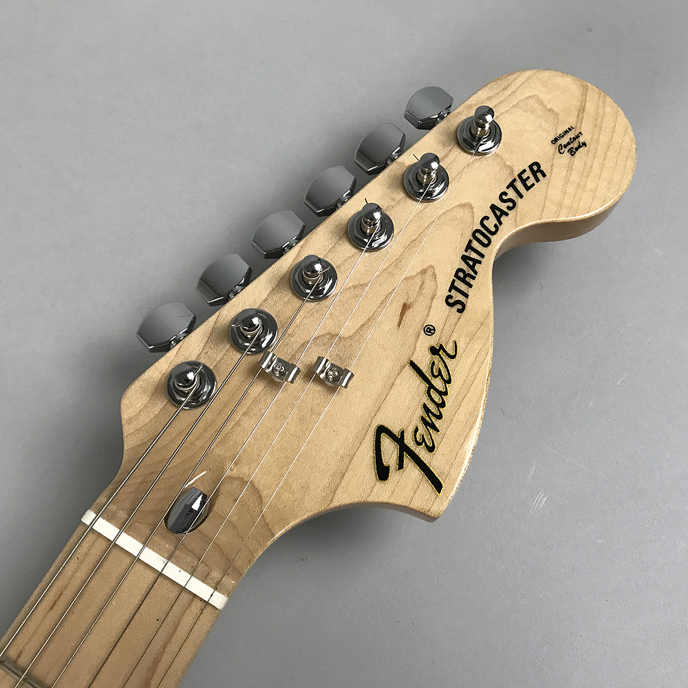 TRADITIONAL 70S STRATOCASTERのヘッド裏-アップ画像