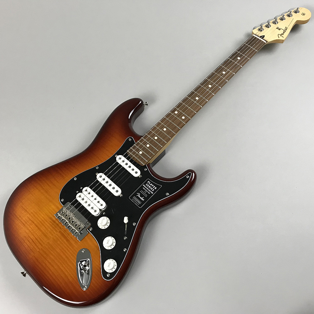 PLAYER STRATOCASTER® HSS PLUS TOP