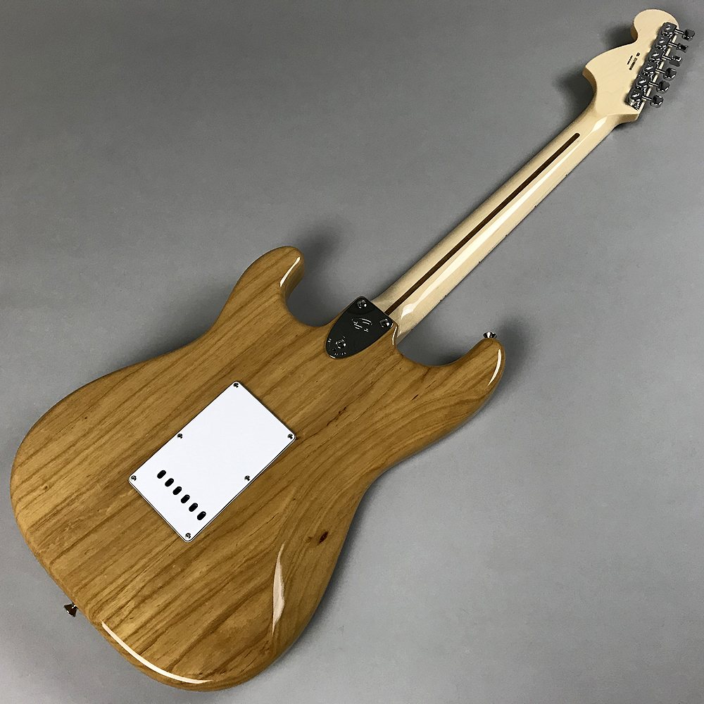 TRADITIONAL 70S STRATOCASTER® ASHのボディバック-アップ画像