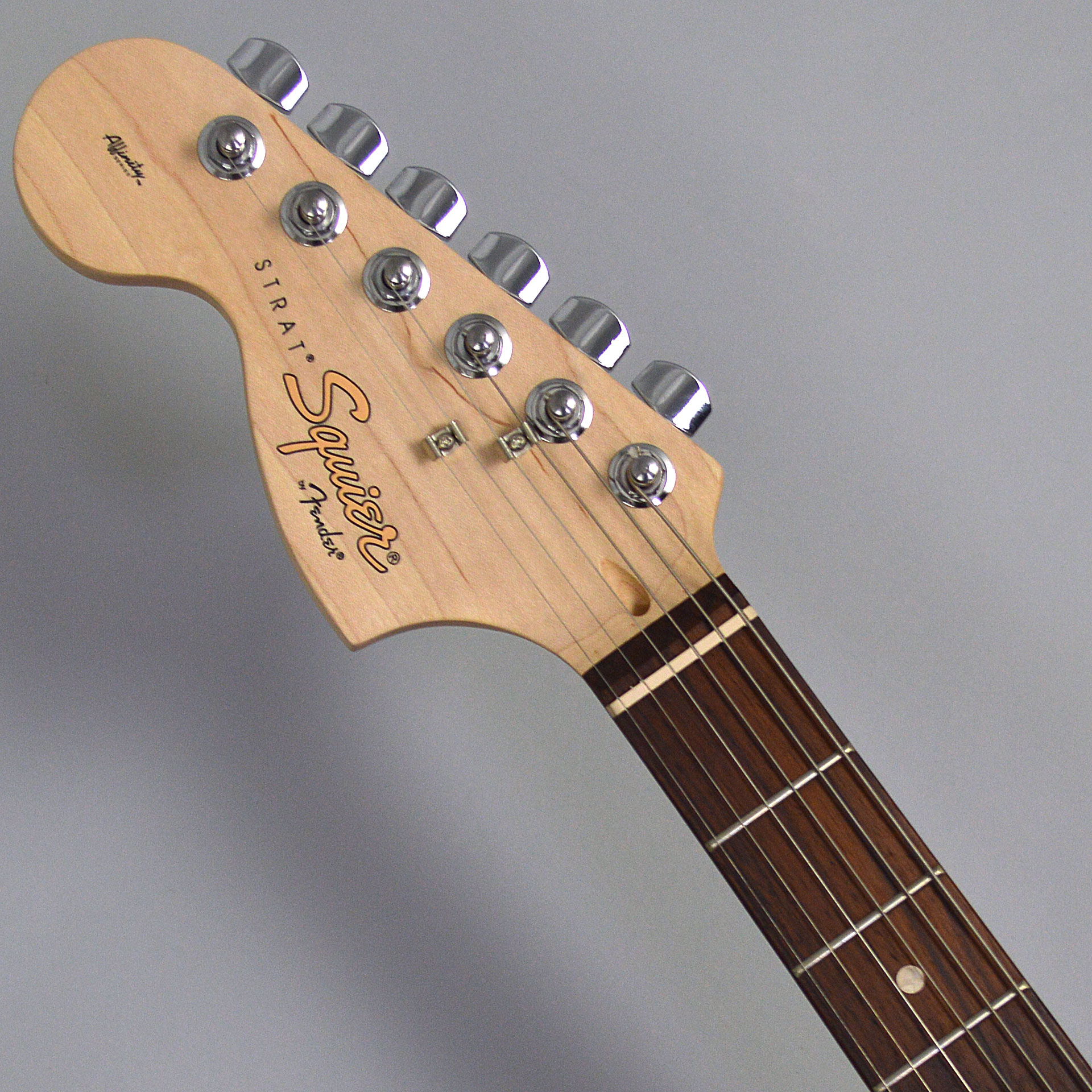 Affinity Series Stratocaster Left-Handのヘッド画像