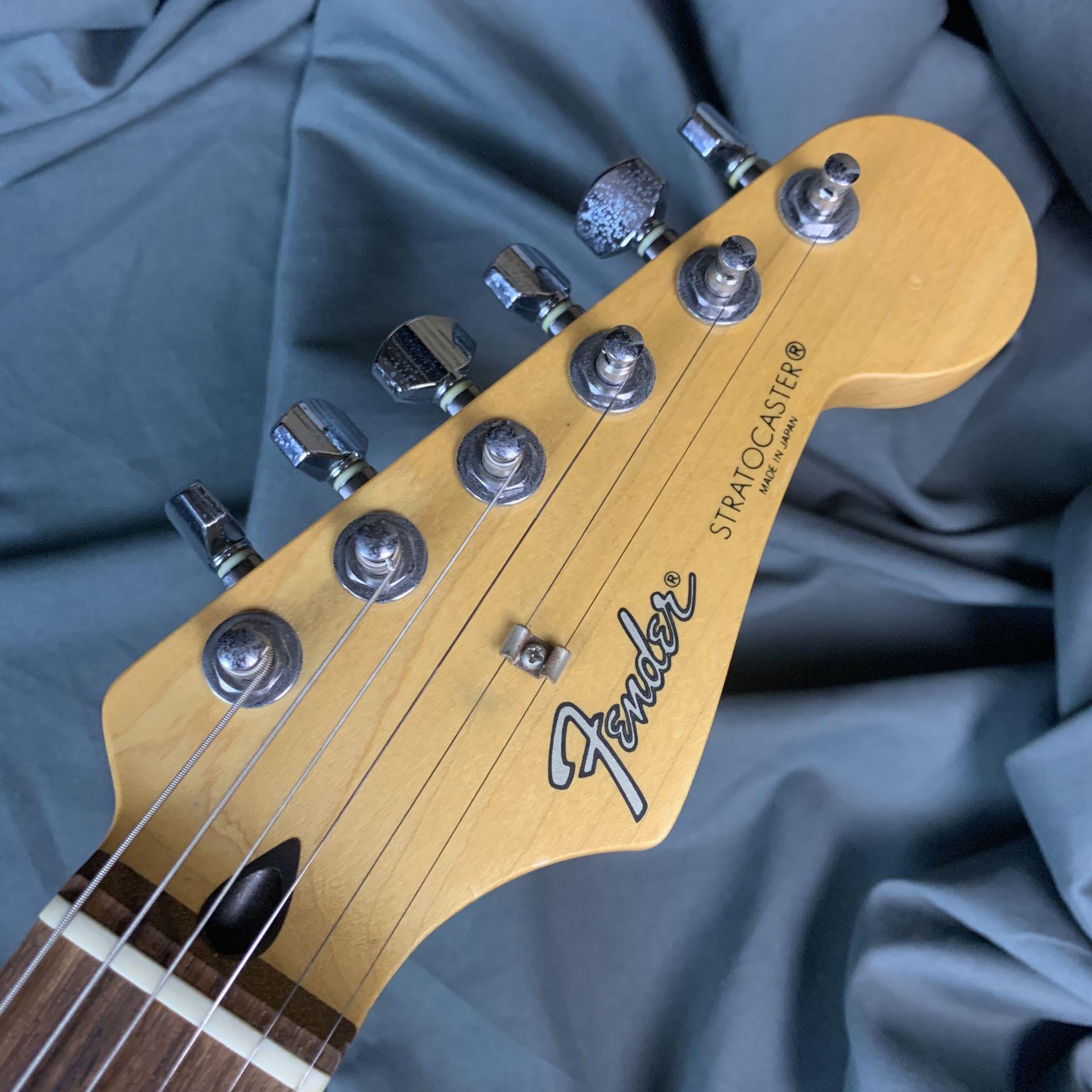 Fender japan  ST-STD/Rのヘッド画像