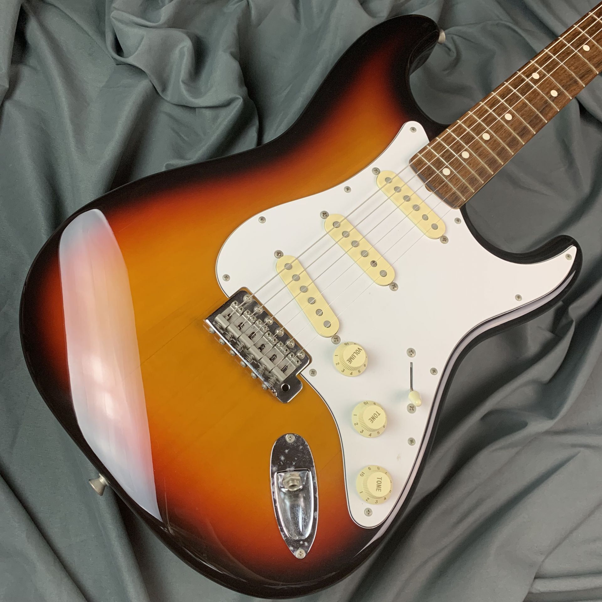 Fender Japan  Fender japan  ST-STD/R 写真画像