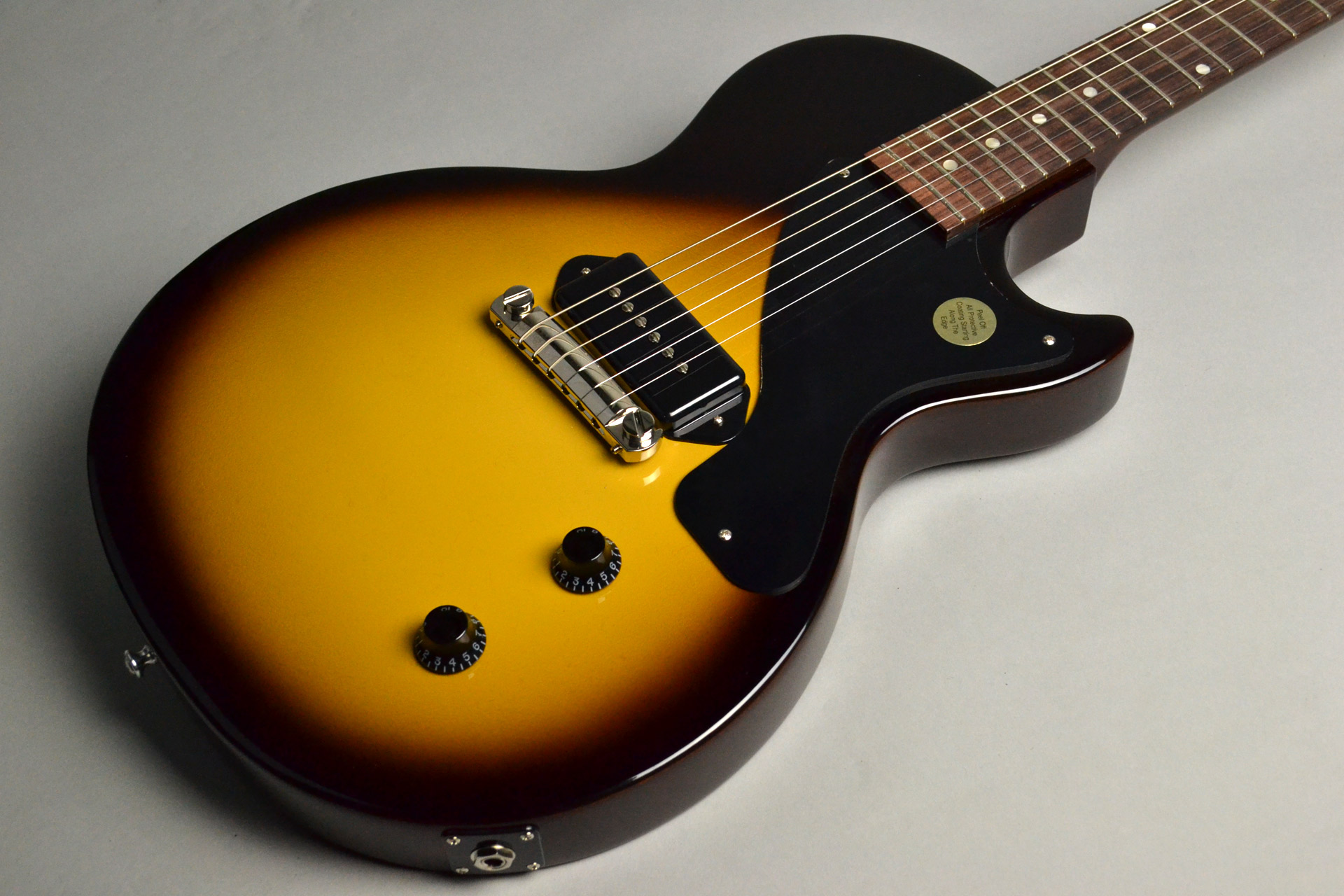 Les Paul Junior Vintage Tobacco Burstのボディトップ-アップ画像