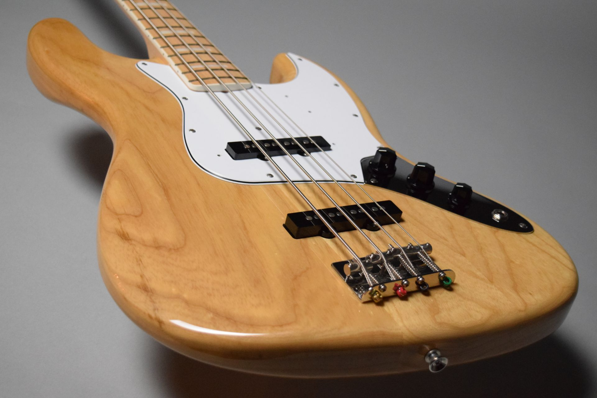 Japan Exclusive Classic 70s Jazz Bass Nat/Mのヘッド画像