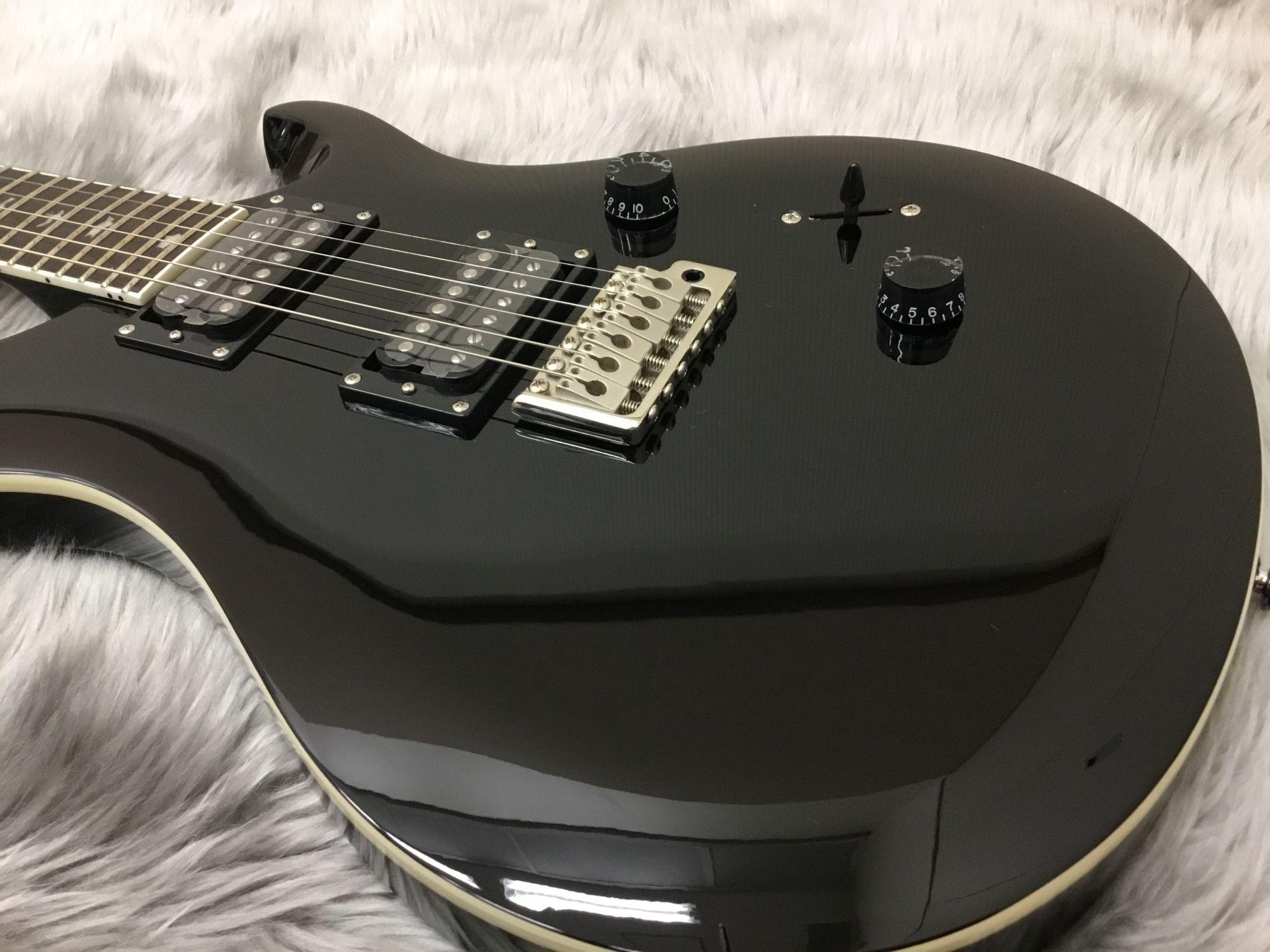 SE STD 24 ALL BLACKのボディトップ-アップ画像
