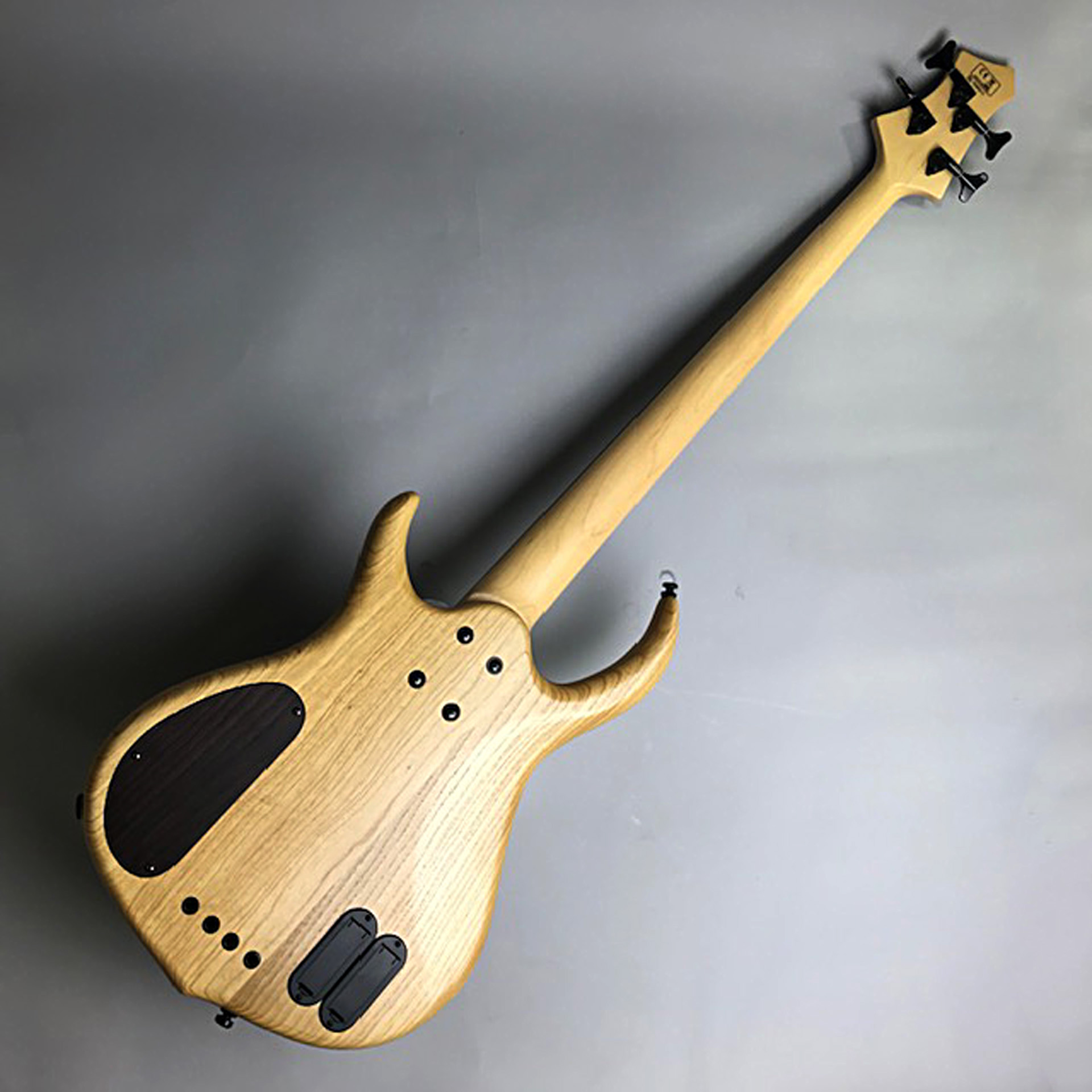 M7 4ST SwanpAsh+Maple Fretless(S/N:16360274)のヘッド裏-アップ画像