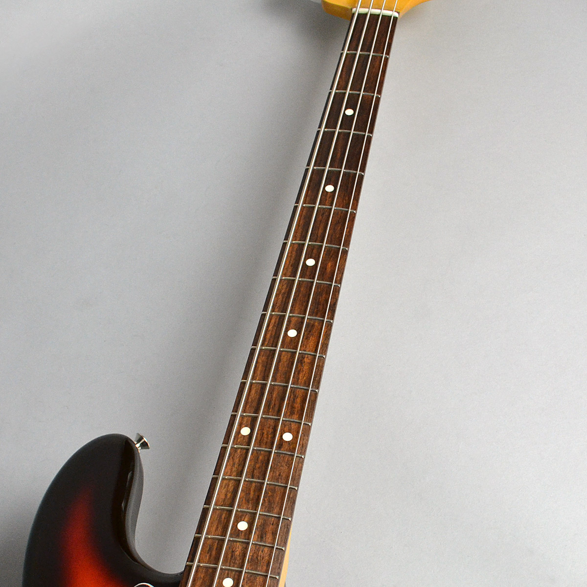 Made in Japan Traditional 60s Jazz Bassの指板画像