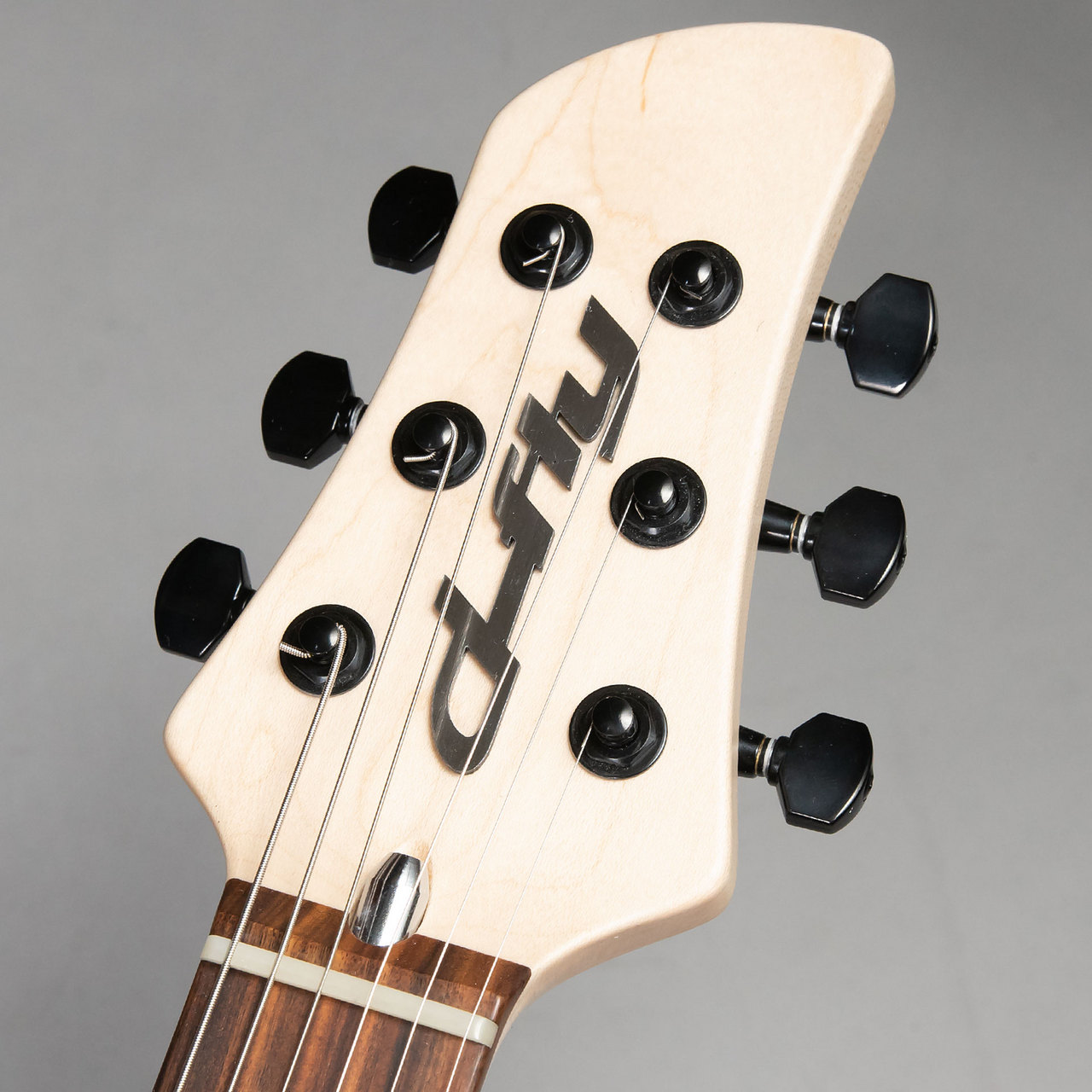 d-fly BD666 AFRICAN MAHOGANY 2P SSHのヘッド画像
