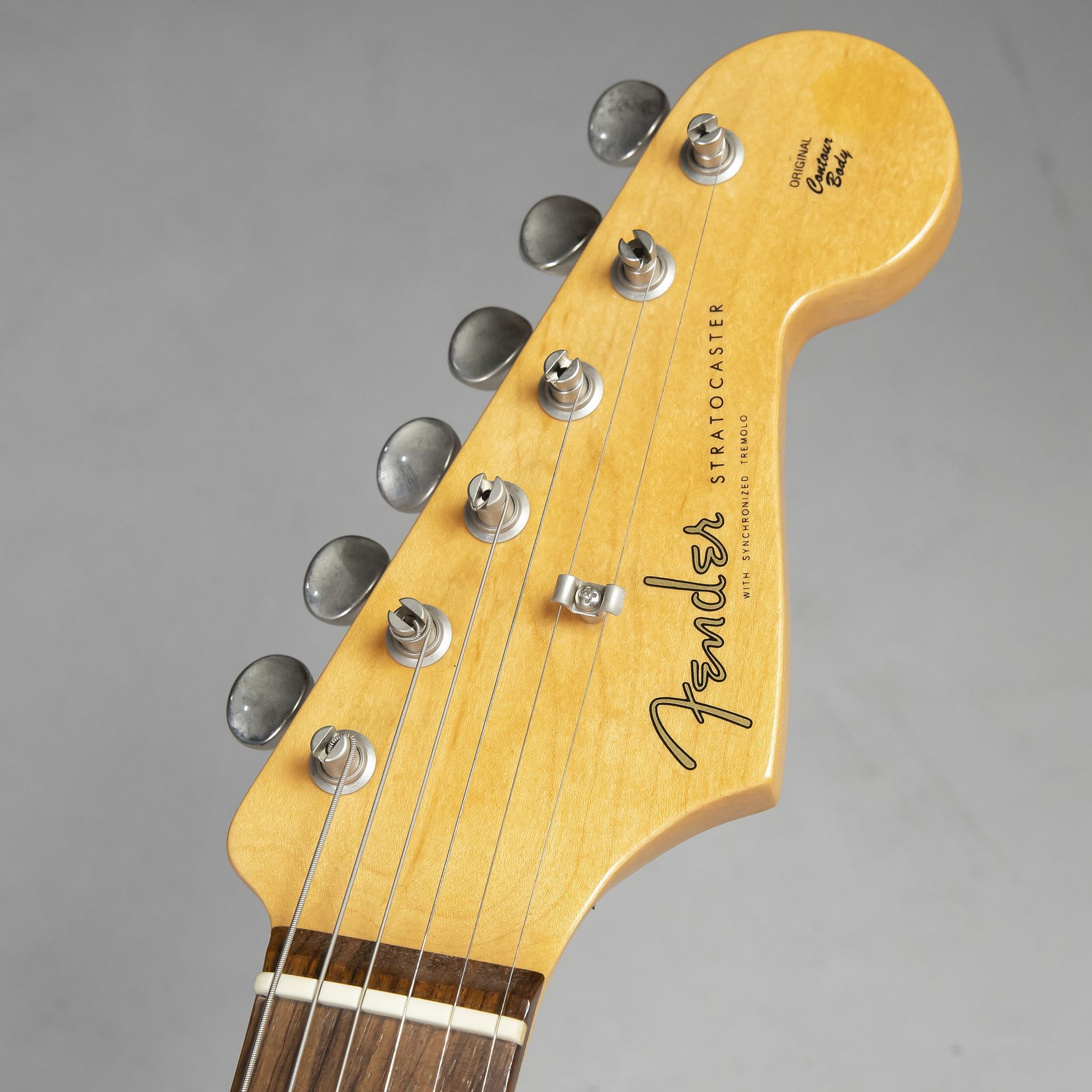 American Vintage 62 Stratocaster Thin Lacquerのヘッド画像