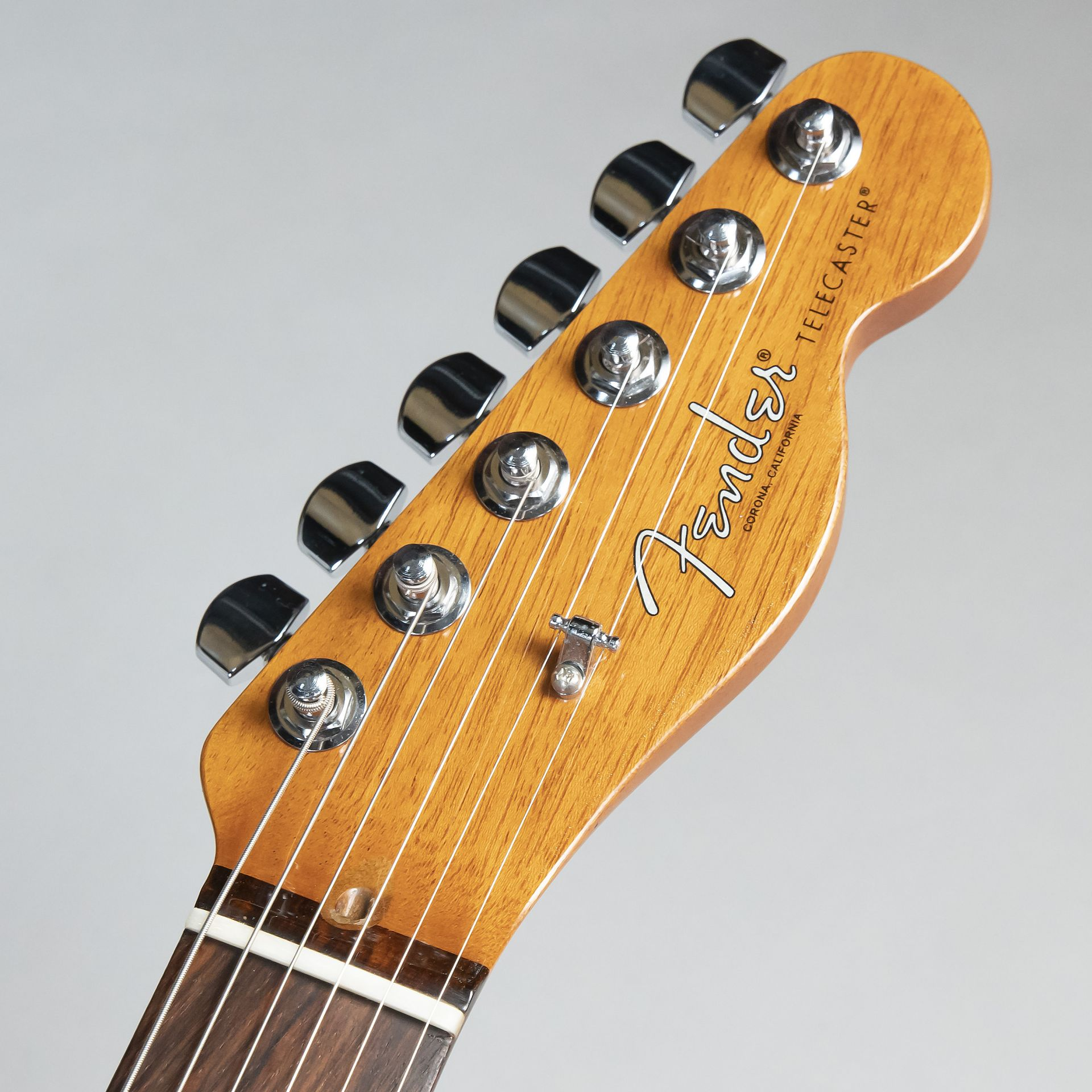 2017 LIMITED EDITION AMERICAN PROFESSIONAL MAHOGANY TELE DELUXEのヘッド画像