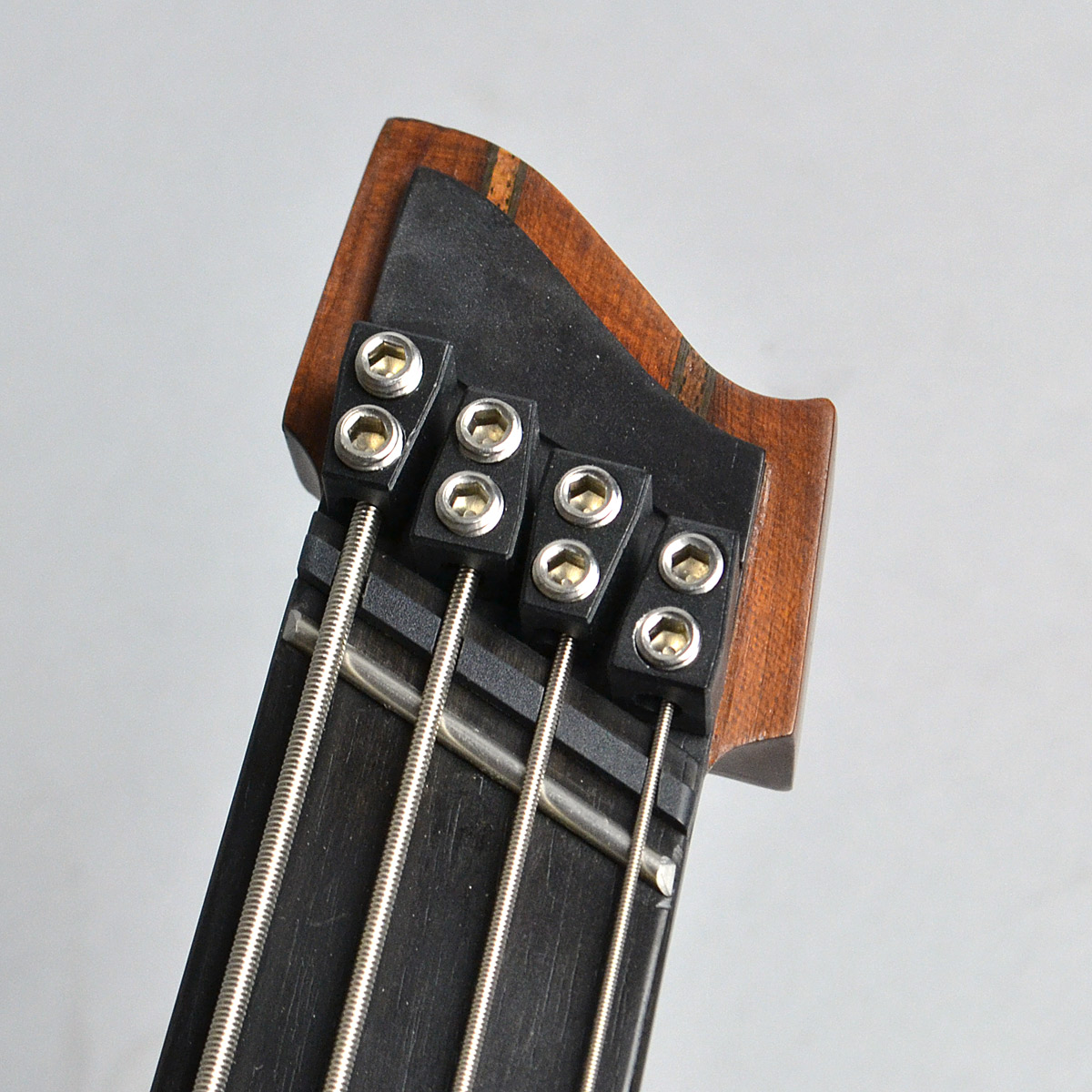 Boden Prog Bass 4stのヘッド画像