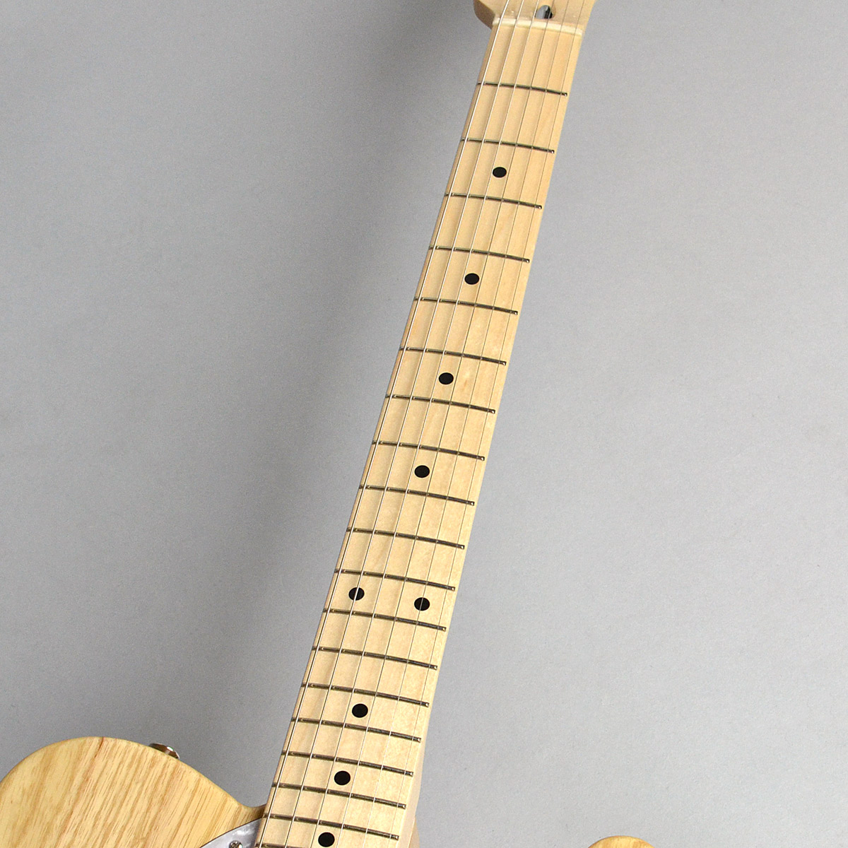 Made in Japan Traditional 70s Telecaster Thinlineの指板画像
