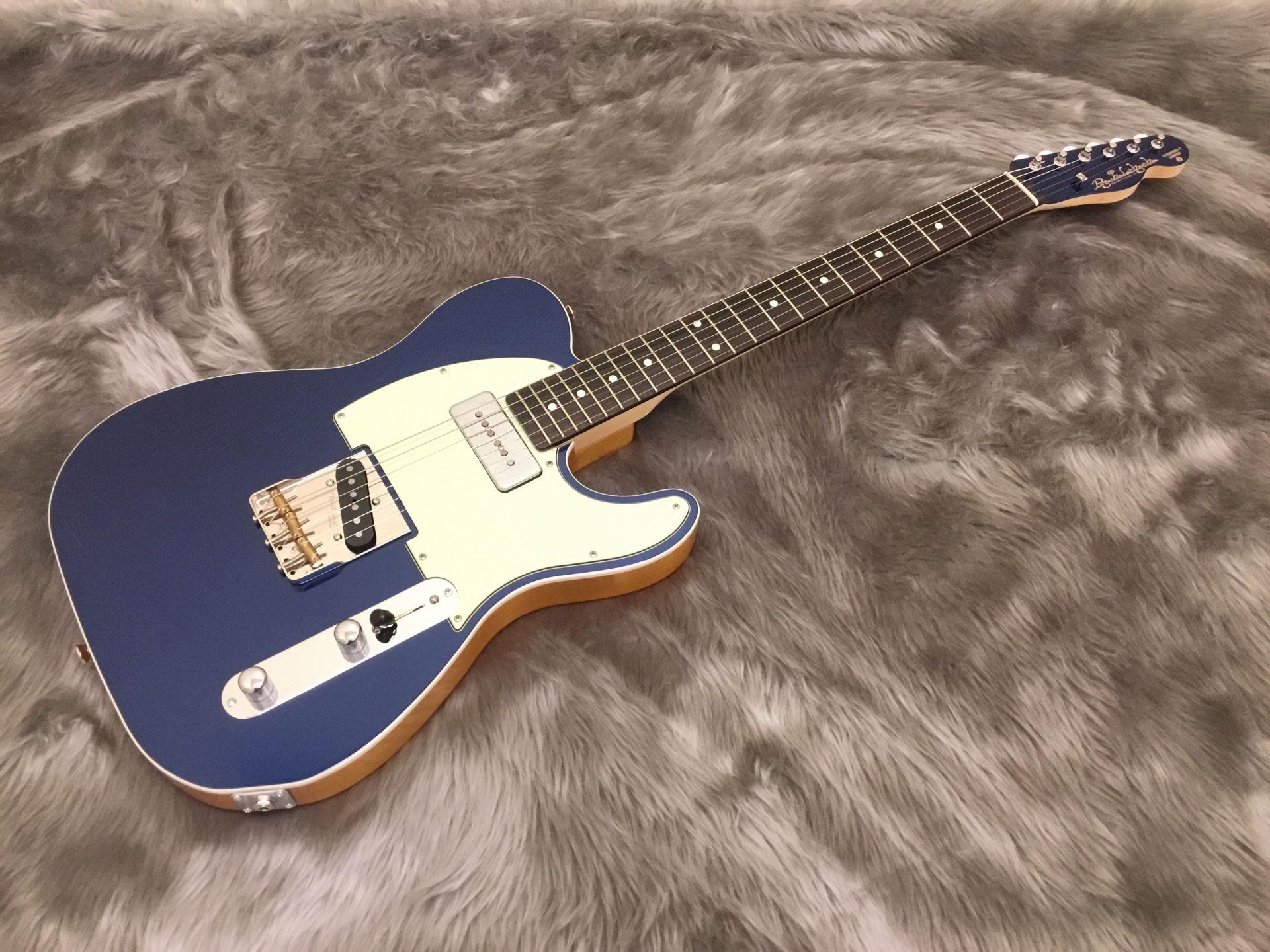 Standard T Montecarlo Blue Metallic