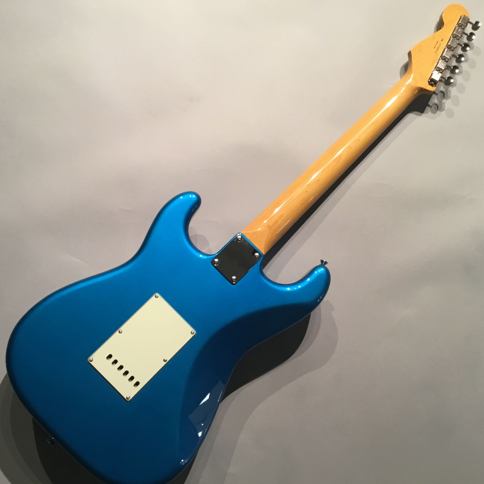 Traditional 60s stratocasterのボディバック-アップ画像