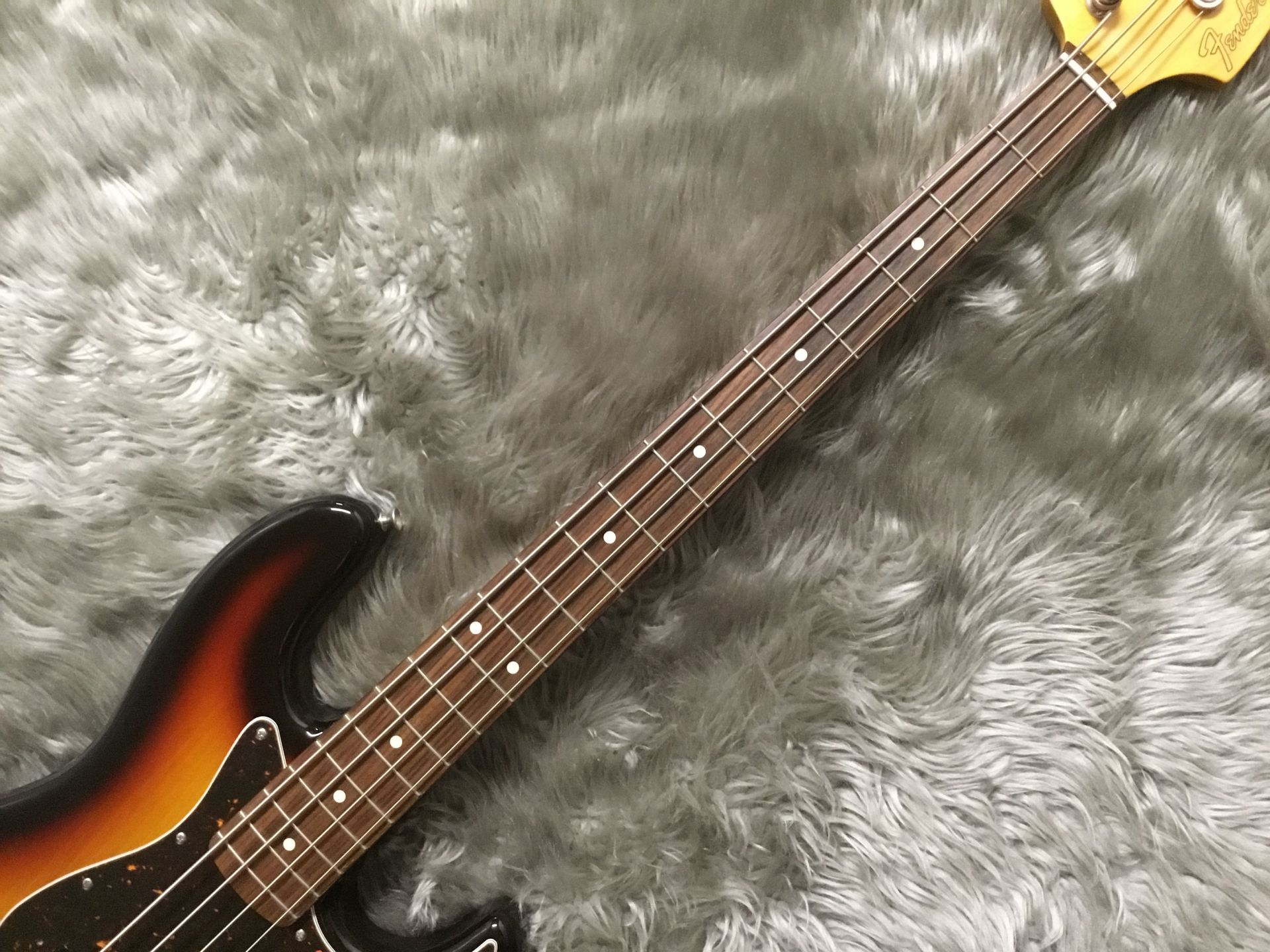 MADE IN JAPAN TRADITIONAL 60S JAZZ BASS®の指板画像