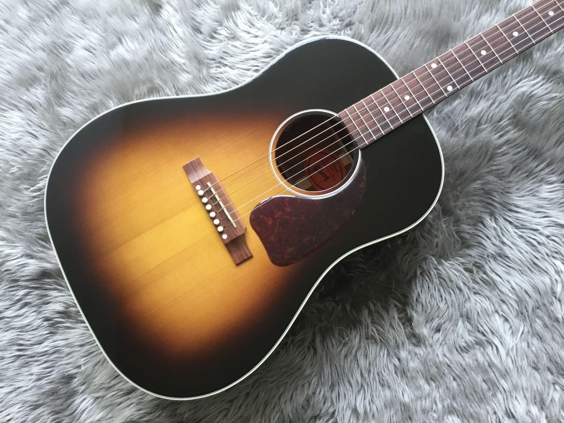 Gibson  J-45 RED SPRUCE 写真画像