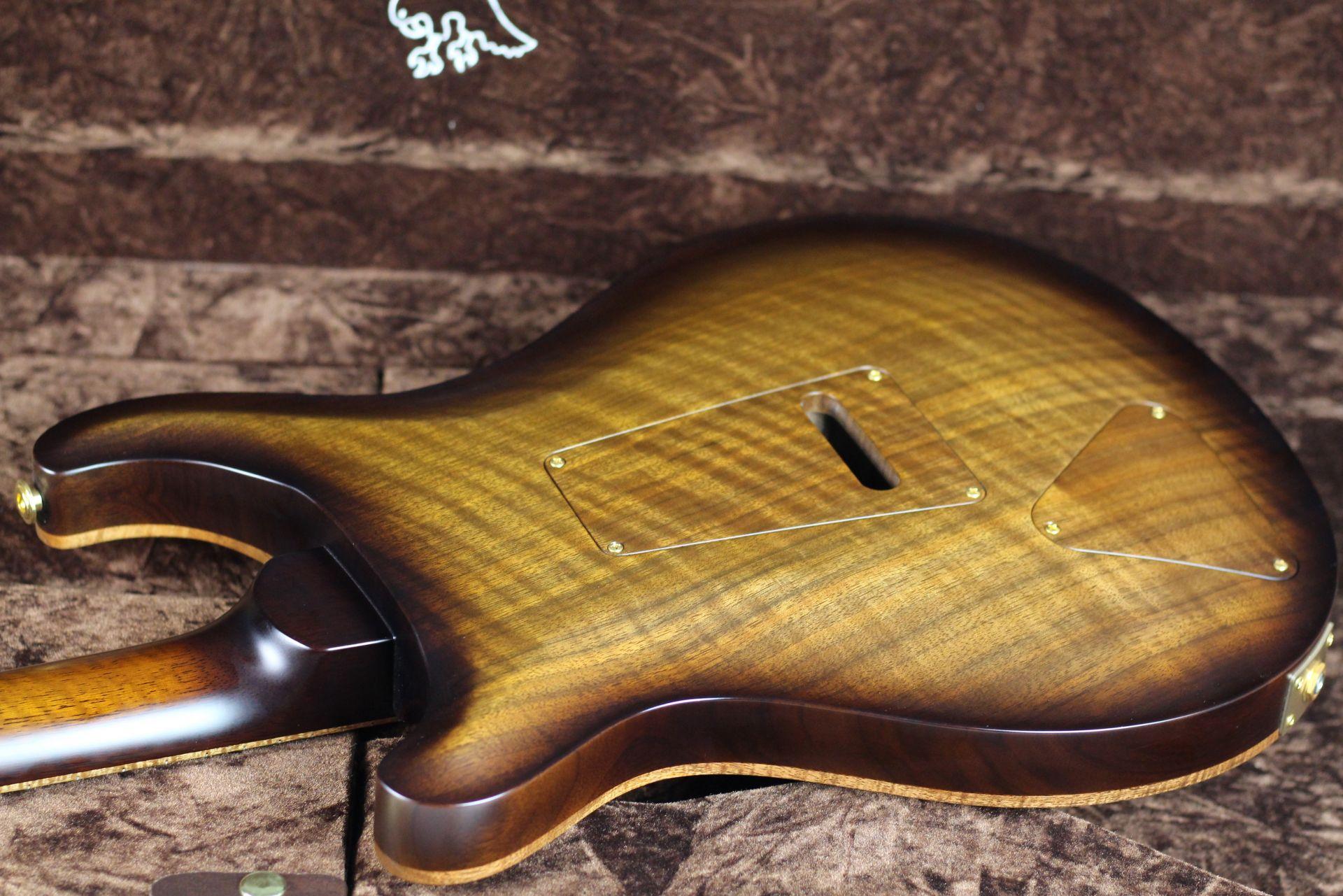 Private Stock #7662 Custom24 Semi-hollow With Two f-holes【Toshi Hiketa氏のレビュー動画】の指板画像