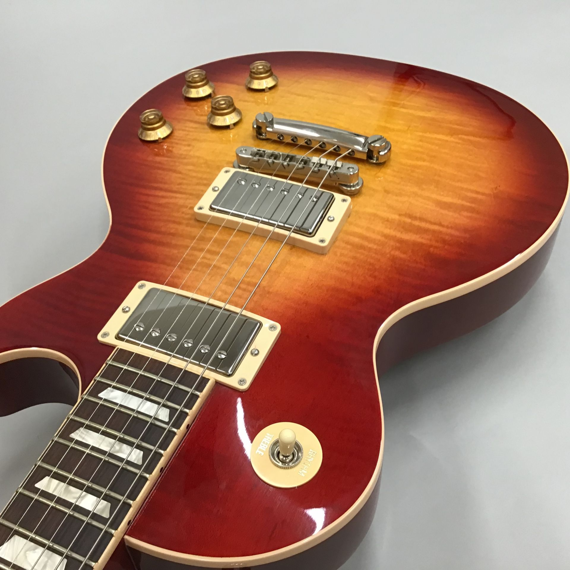 Les Paul Traditional 2018のケース・その他画像