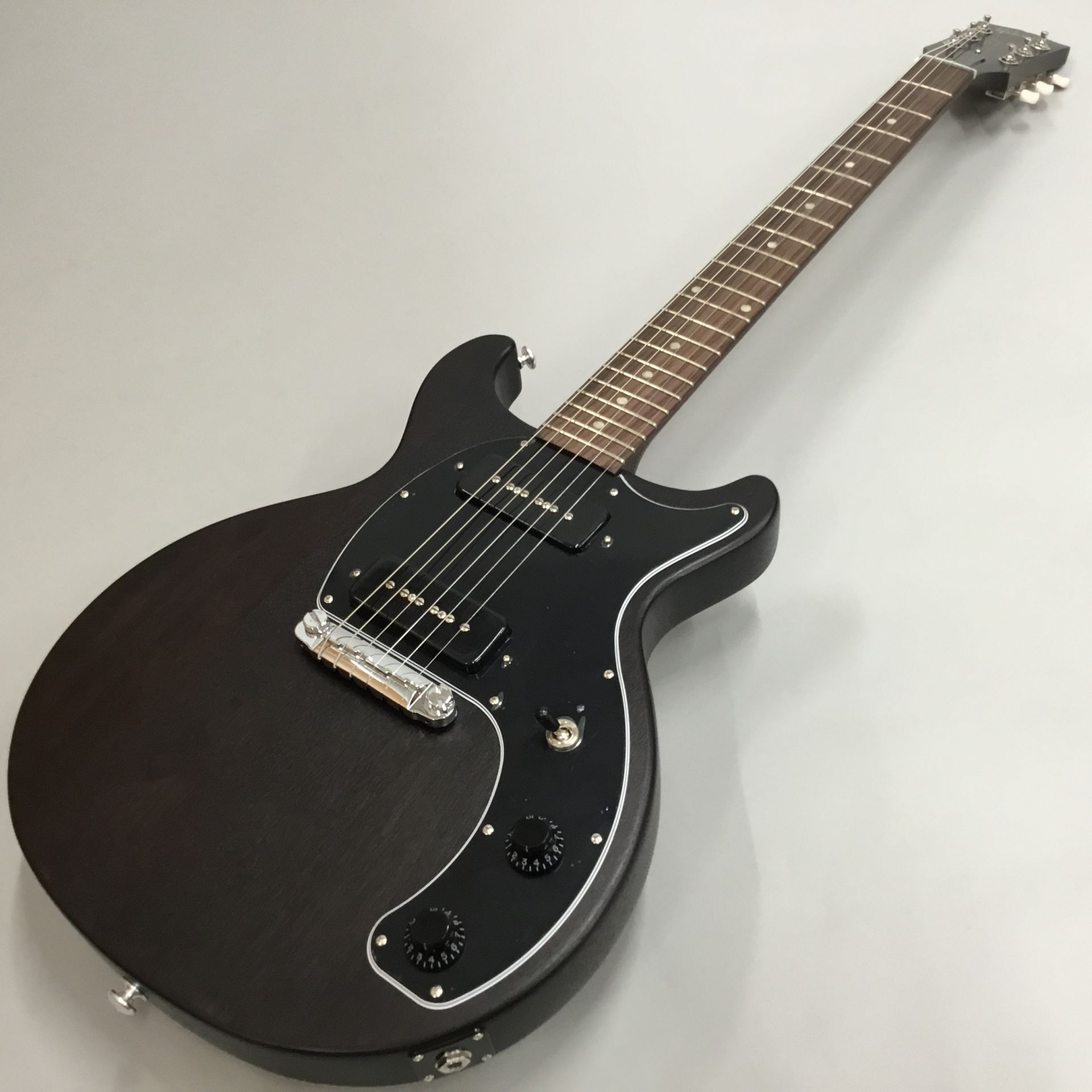 Les Paul Special Tribute DCのボディトップ-アップ画像