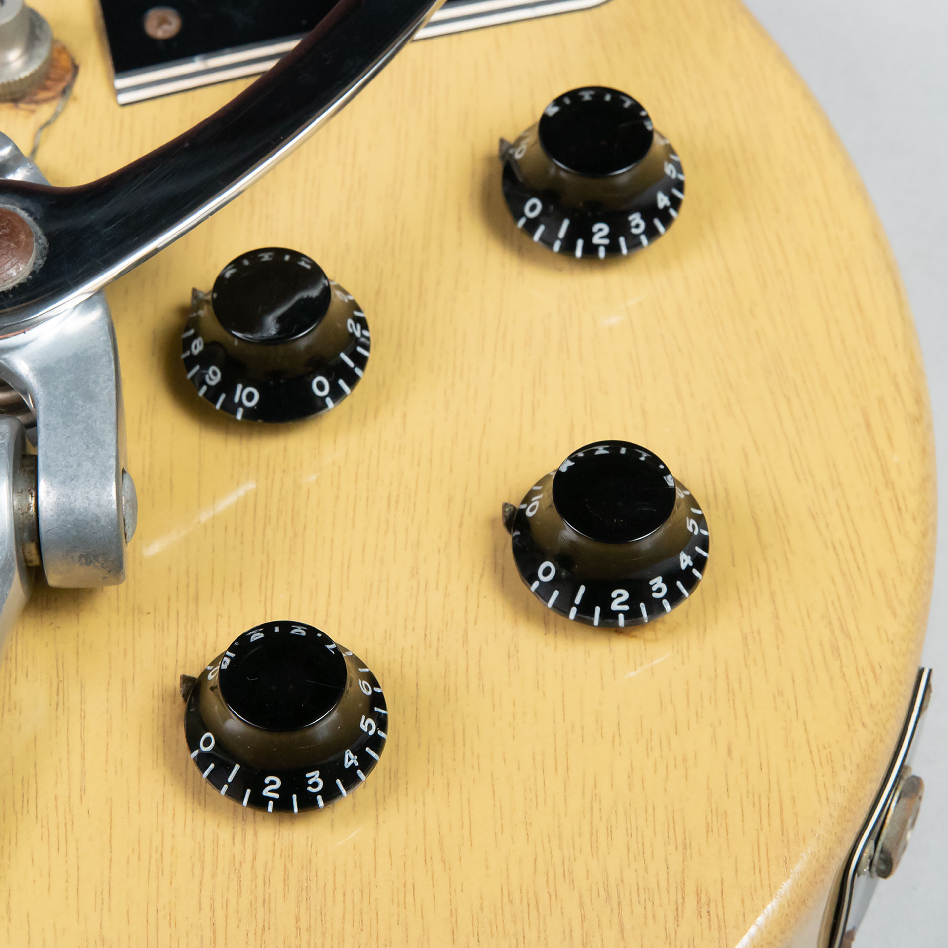 Historic Collection 1960 Les Paul Special w/Bigsby(改造品)の全体画像(縦)