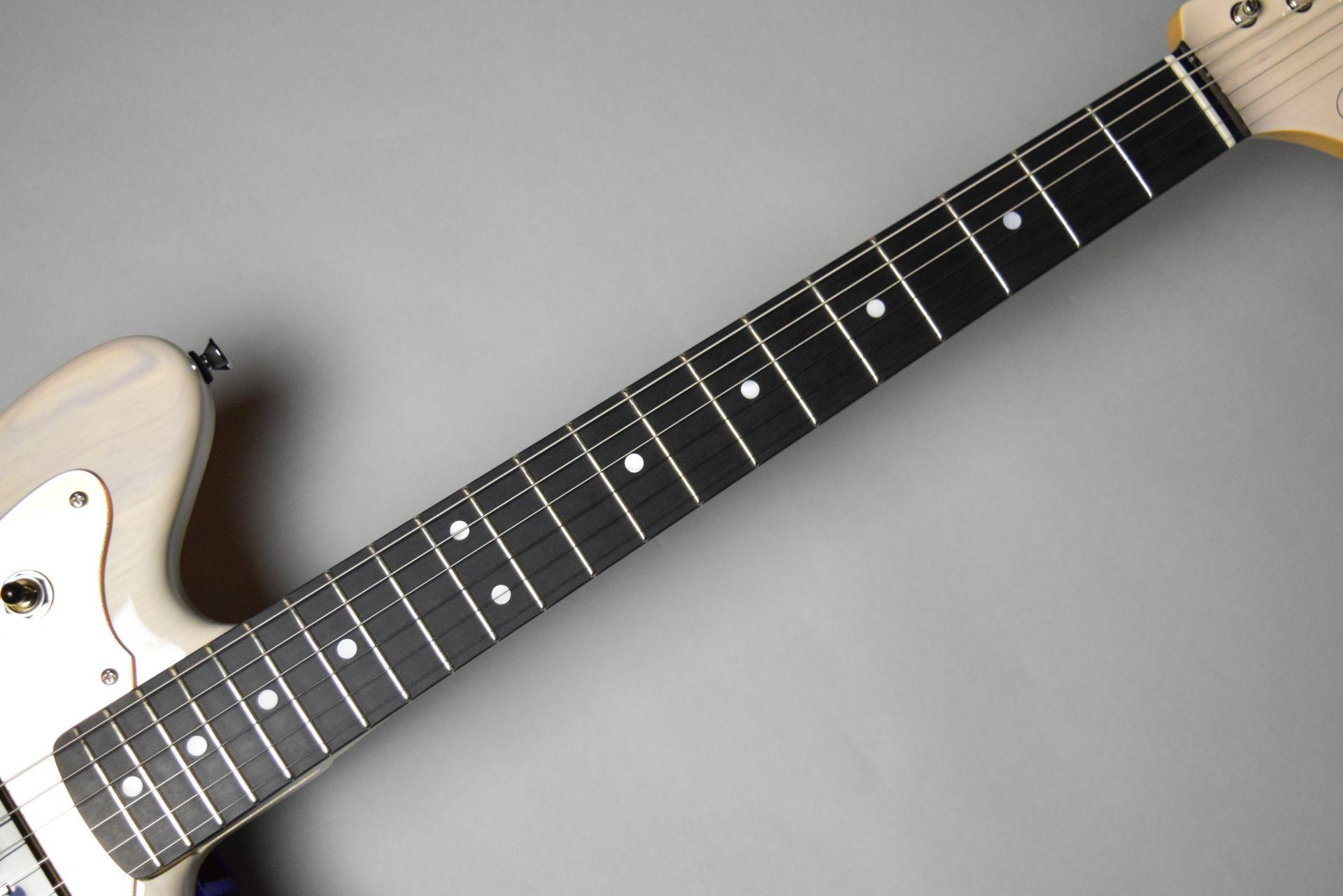 BJM-MODERN-MHの指板画像