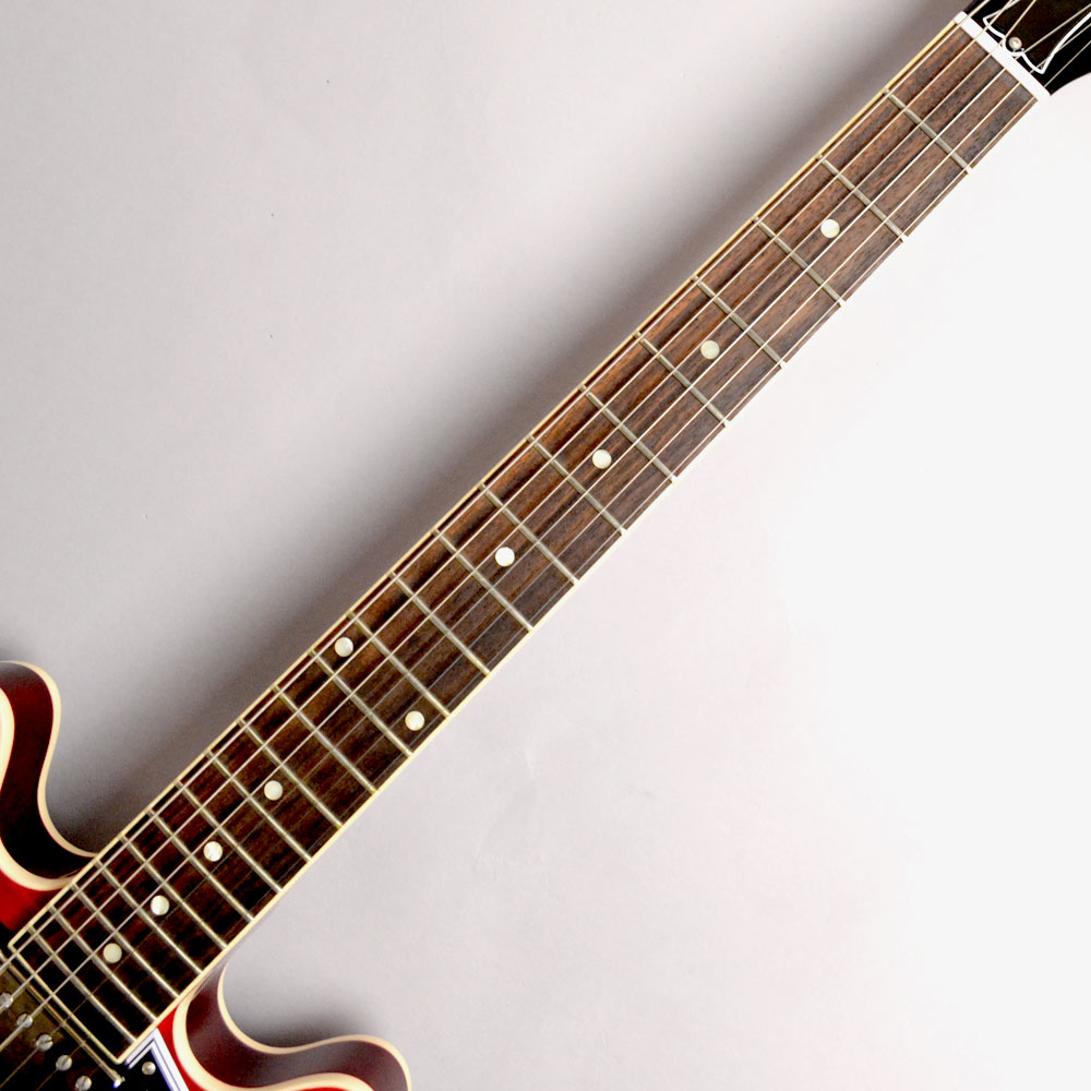 CS-336 Figured Faded Cherryの指板画像