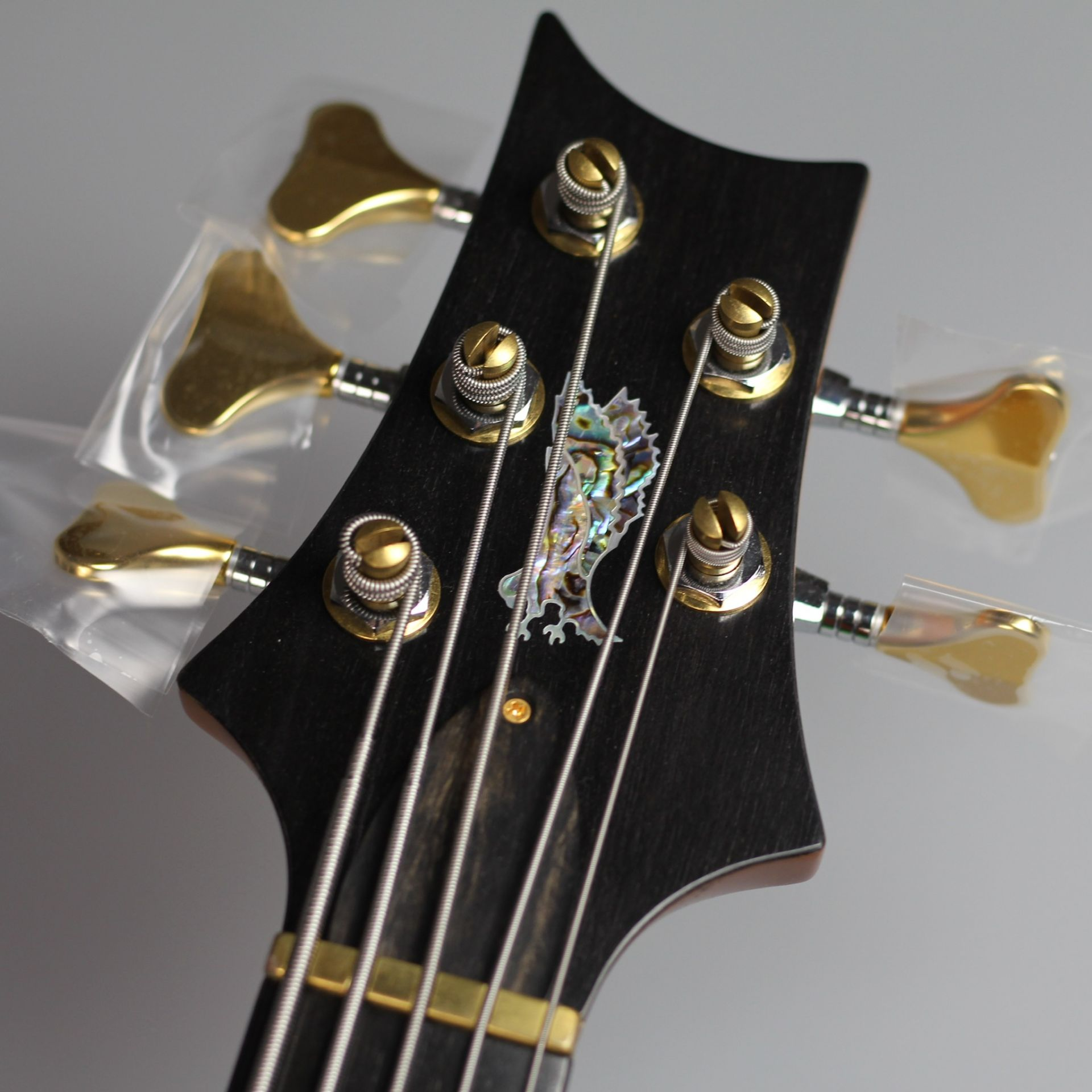 Private Stock GRAINGER BASS Faded McCartyの全体画像(縦)