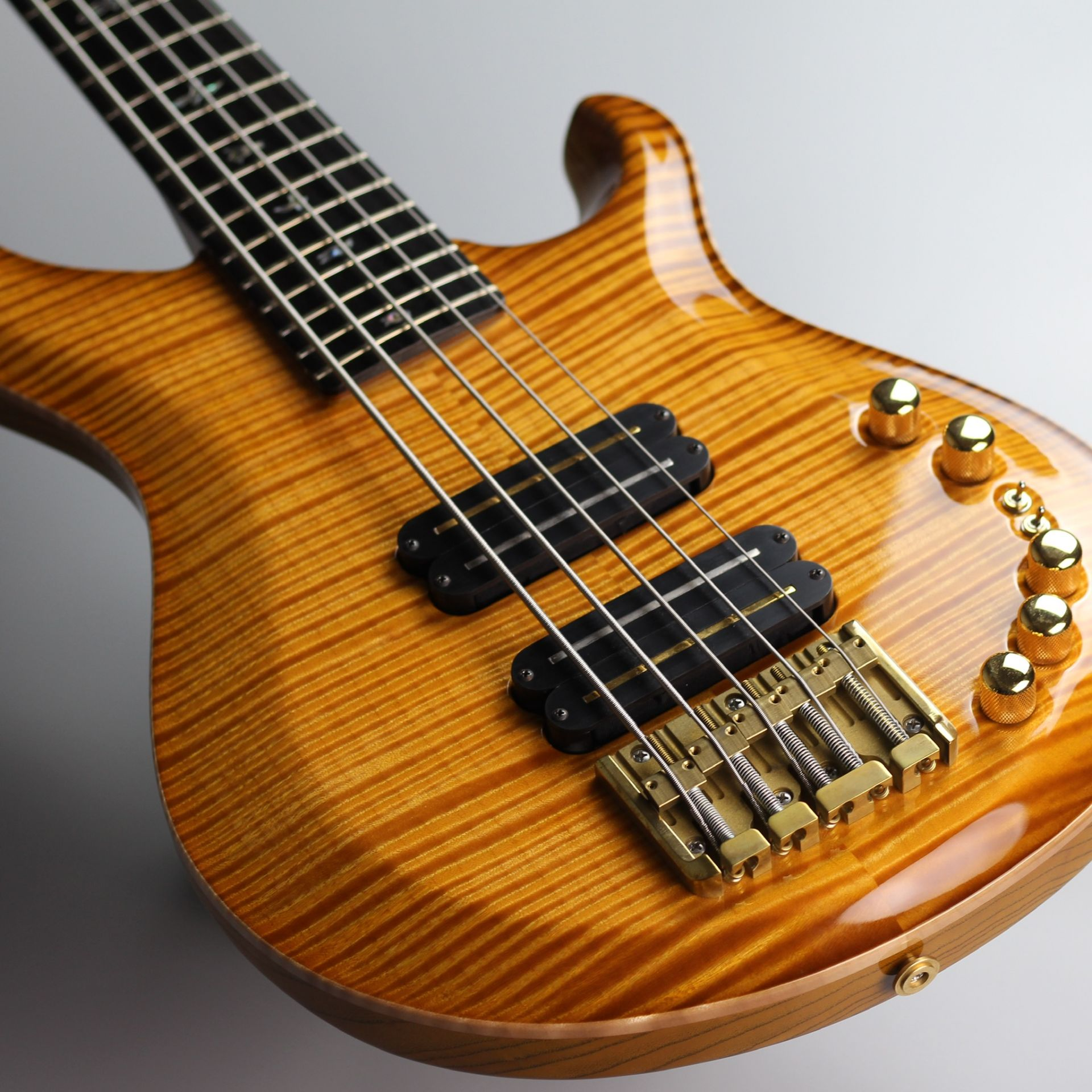 Private Stock GRAINGER BASS Faded McCartyのボディバック-アップ画像