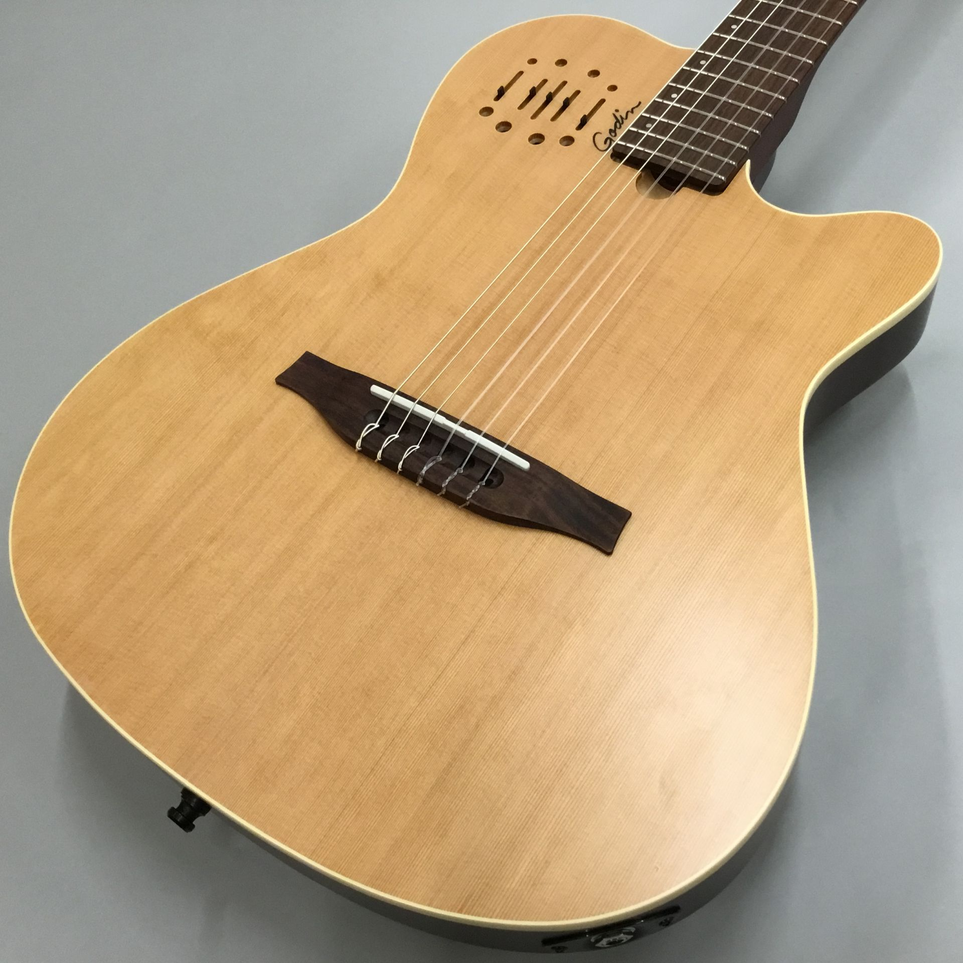 Godin  Multiac Nylon Encore 写真画像
